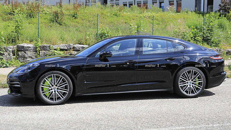 2021-porsche-panamera-facelift-spy-photo (2)