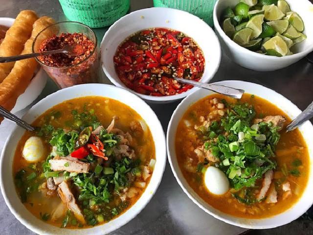 Phượt Đà Nẵng - Top 10 quán bánh canh ăn là thích mê 13