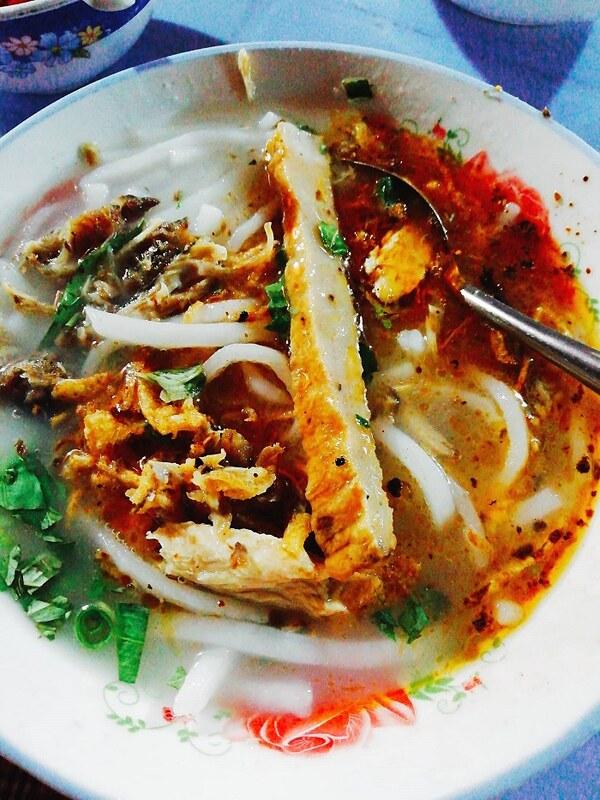 Phượt Đà Nẵng - Top 10 quán bánh canh ăn là thích mê 1