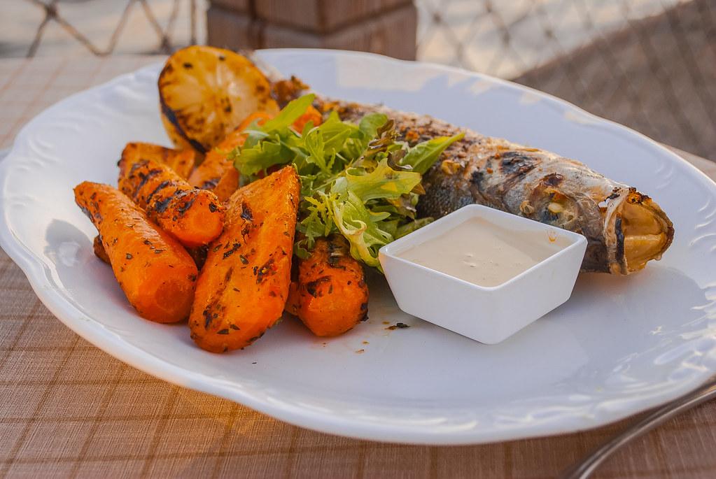 Bon apetit  . Restaurant Naples. 20:41:29 DSC_3425