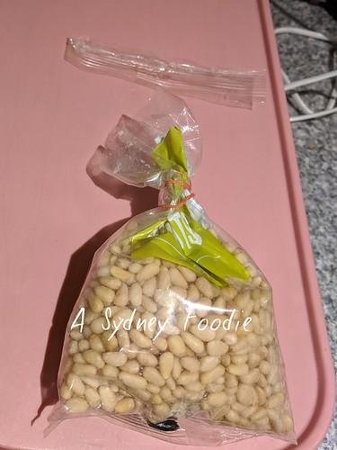 Pine nutd