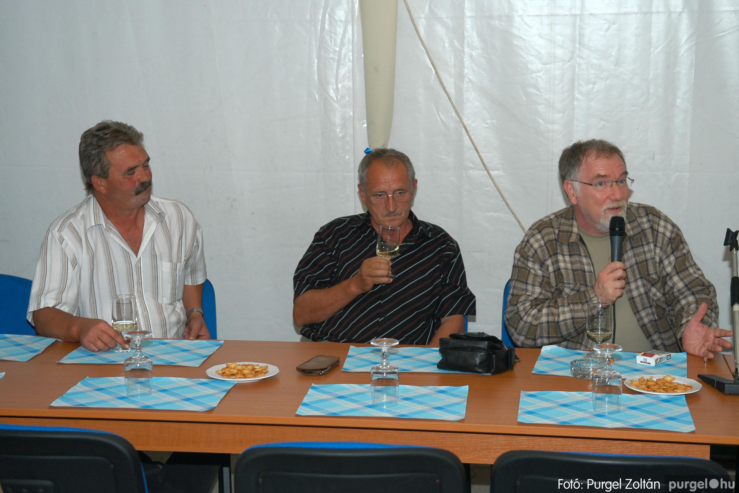 2006.09.25. 016 Borkóstoló Vágó Istvánnal - Fotó:PURGEL ZOLTÁN© DSC_0024q.jpg