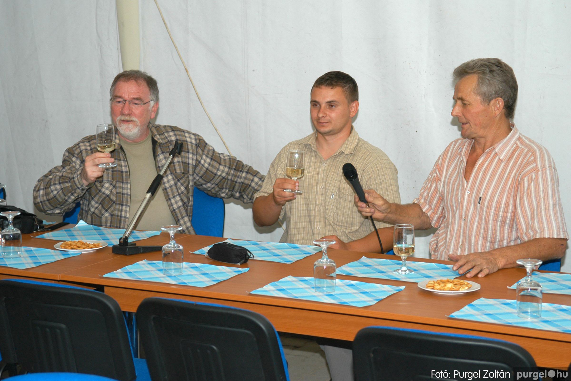 2006.09.25. 014 Borkóstoló Vágó Istvánnal - Fotó:PURGEL ZOLTÁN© DSC_0022q.jpg