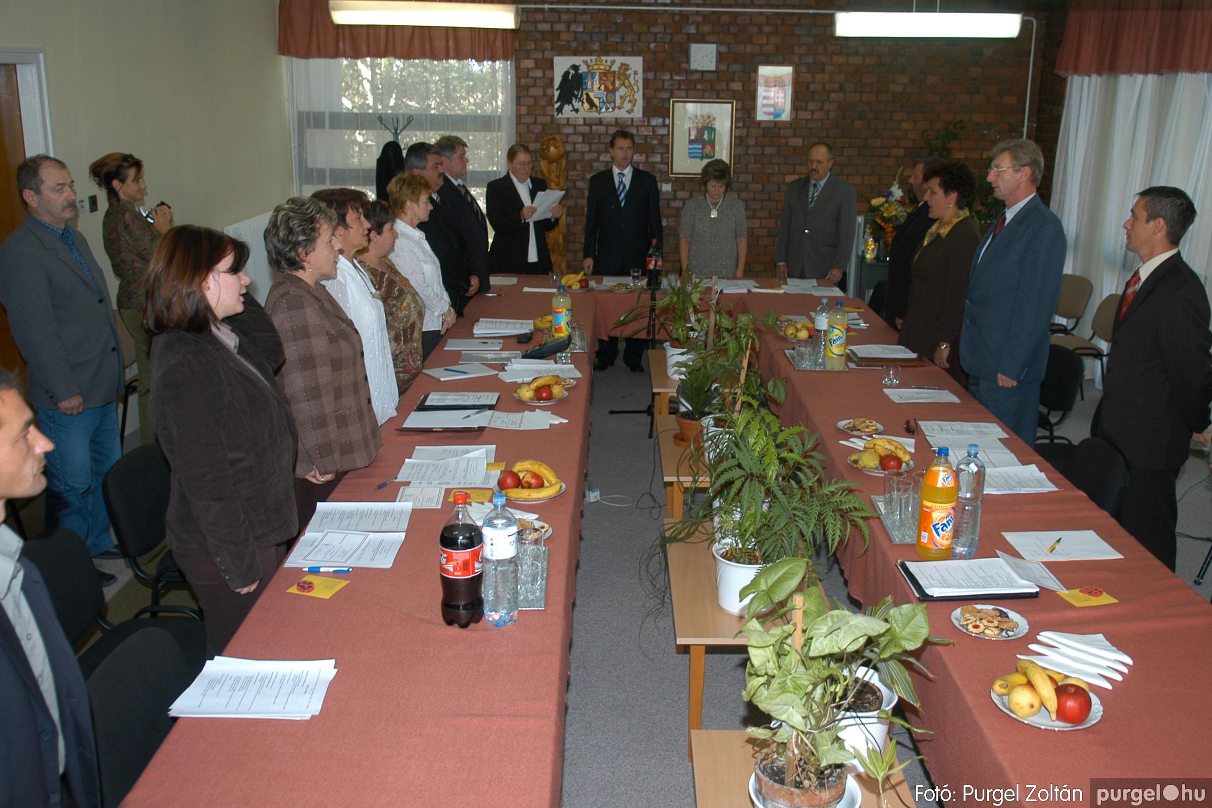 2006.10.12. 016 Képviselő-testület alakuló ülése - Fotó:PURGEL ZOLTÁN© DSC_0139q.jpg