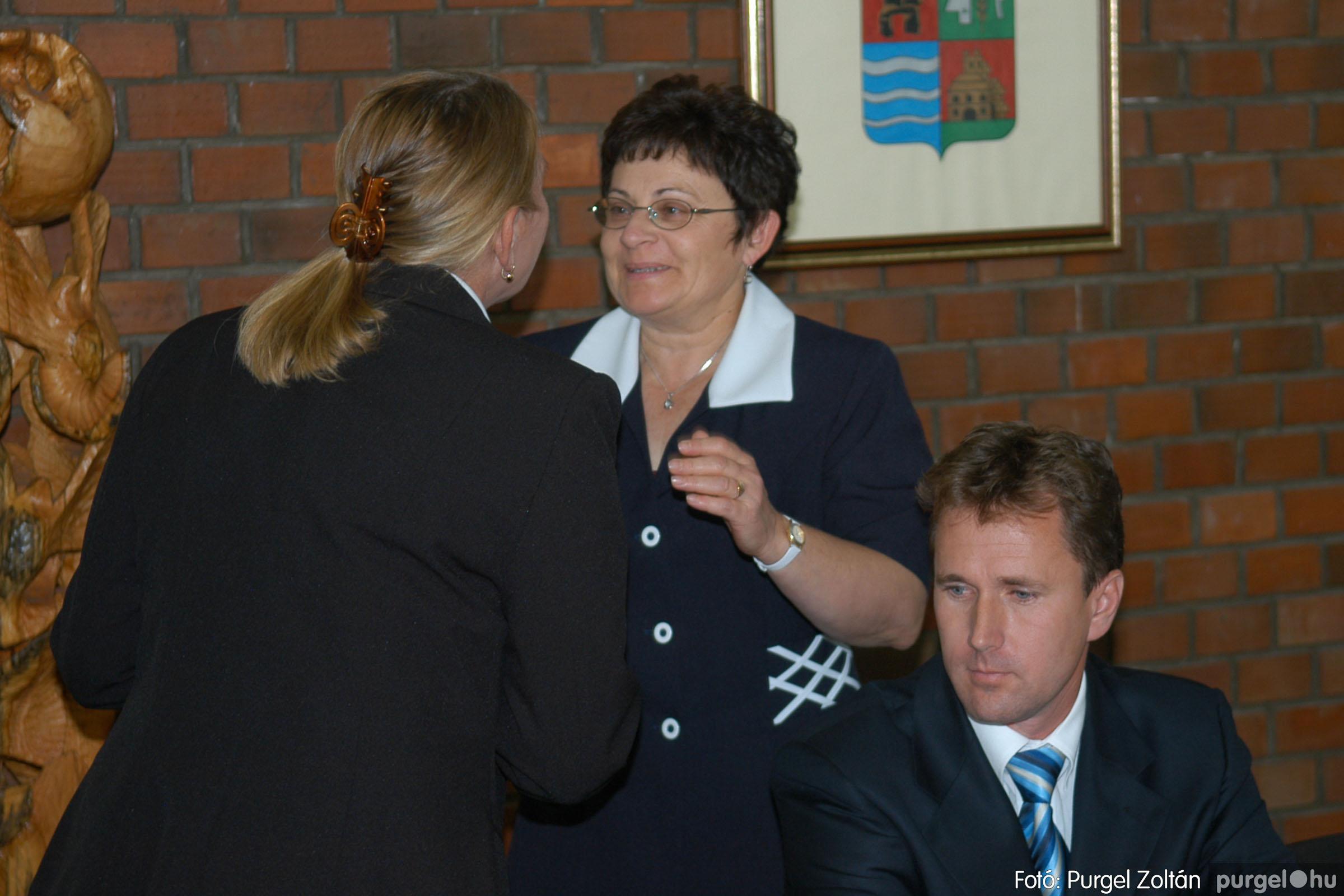 2006.10.12. 015 Képviselő-testület alakuló ülése - Fotó:PURGEL ZOLTÁN© DSC_0137q.jpg