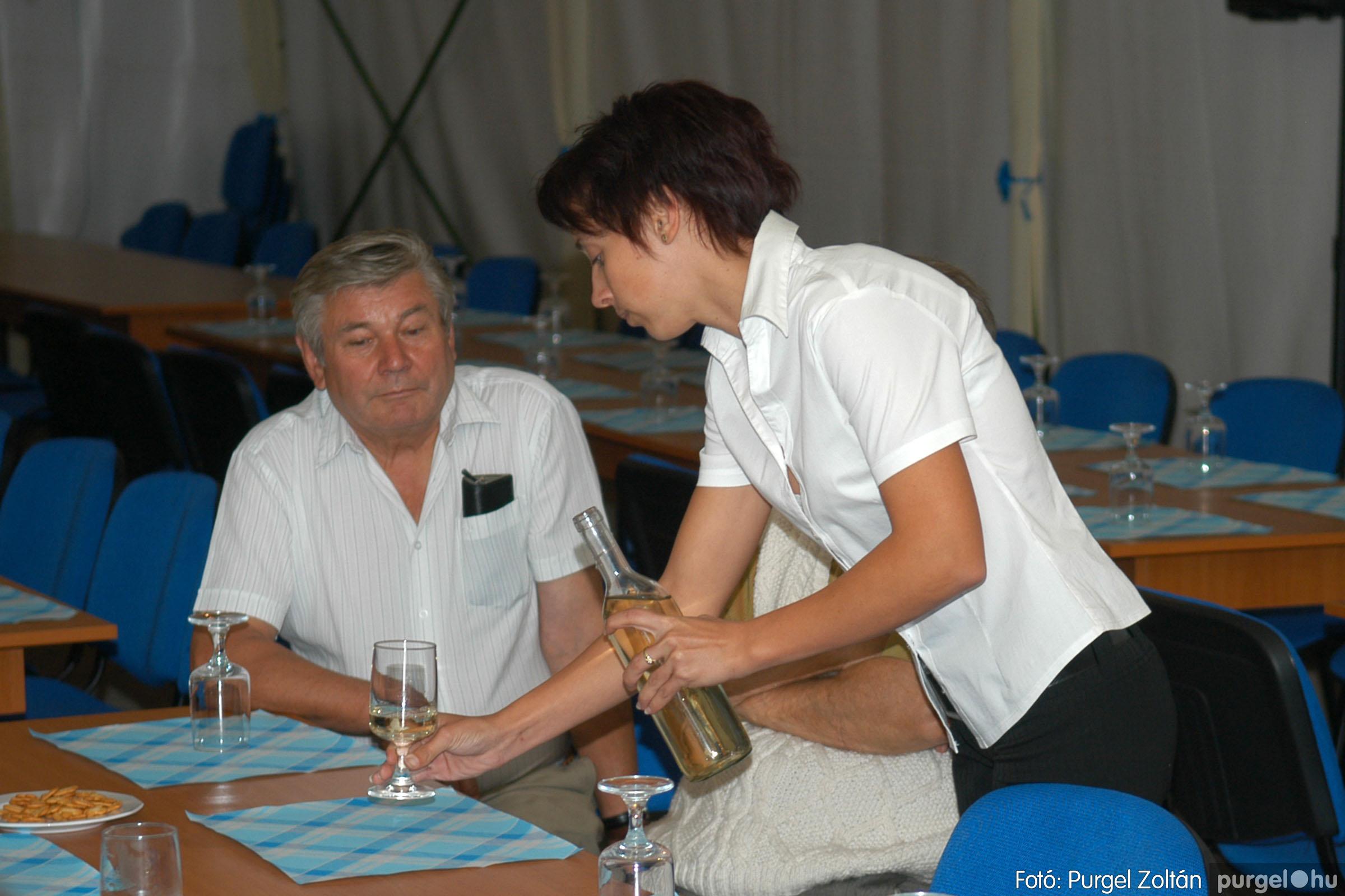 2006.09.25. 008 Borkóstoló Vágó Istvánnal - Fotó:PURGEL ZOLTÁN© DSC_0016q.jpg