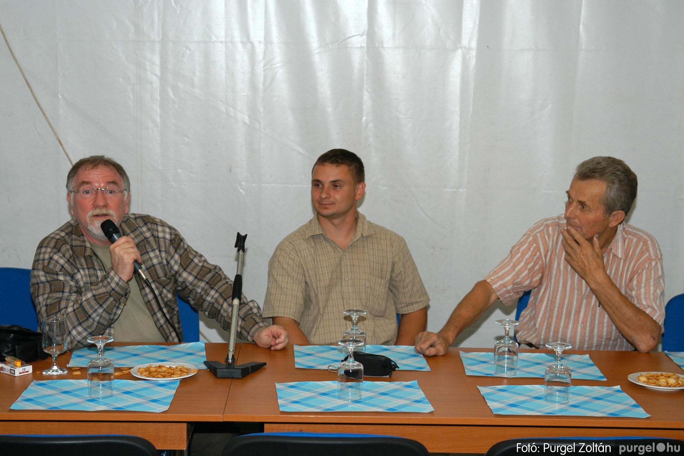 2006.09.25. 002 Borkóstoló Vágó Istvánnal - Fotó:PURGEL ZOLTÁN© DSC_0010q.jpg