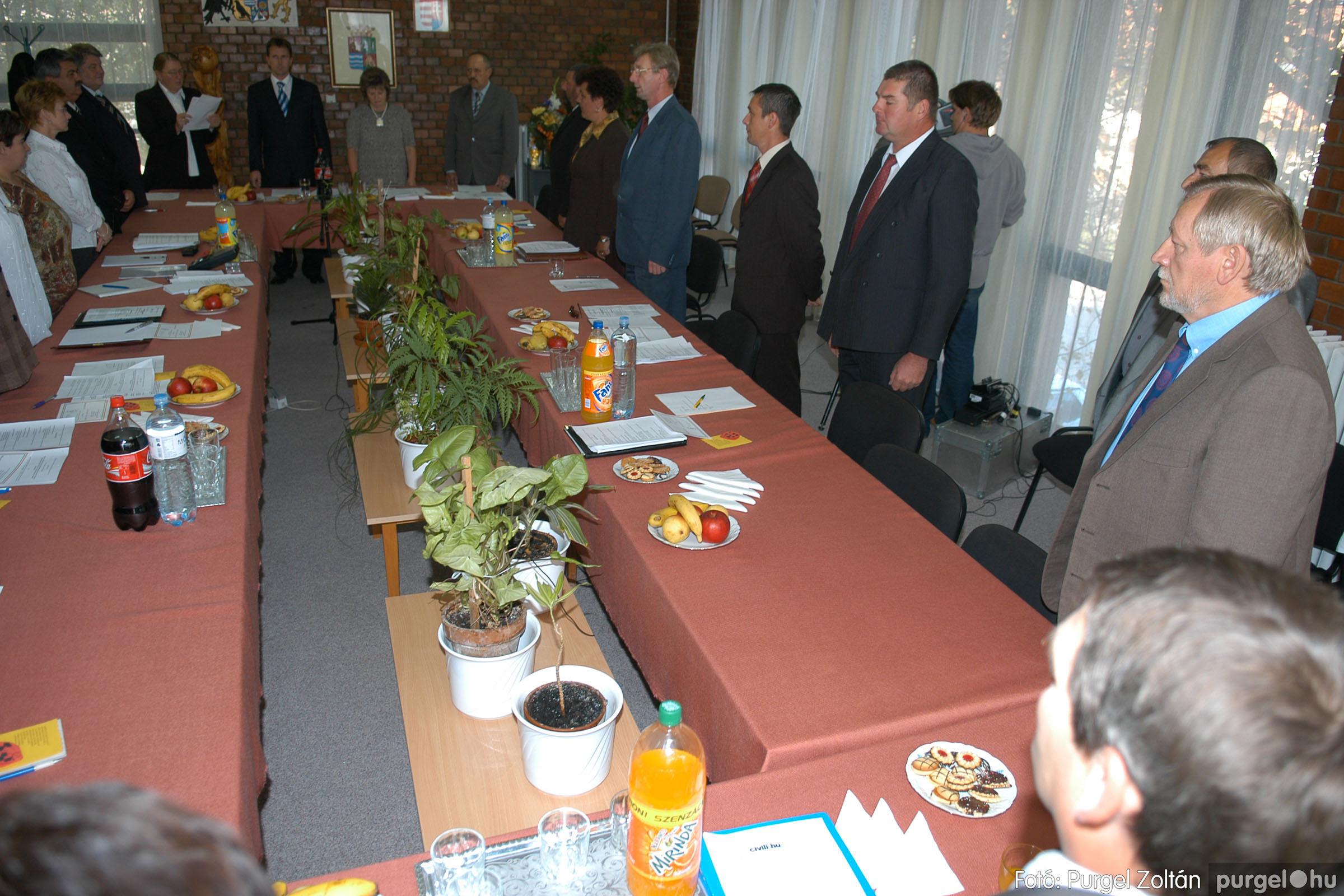 2006.10.12. 019 Képviselő-testület alakuló ülése - Fotó:PURGEL ZOLTÁN© DSC_0142q.jpg