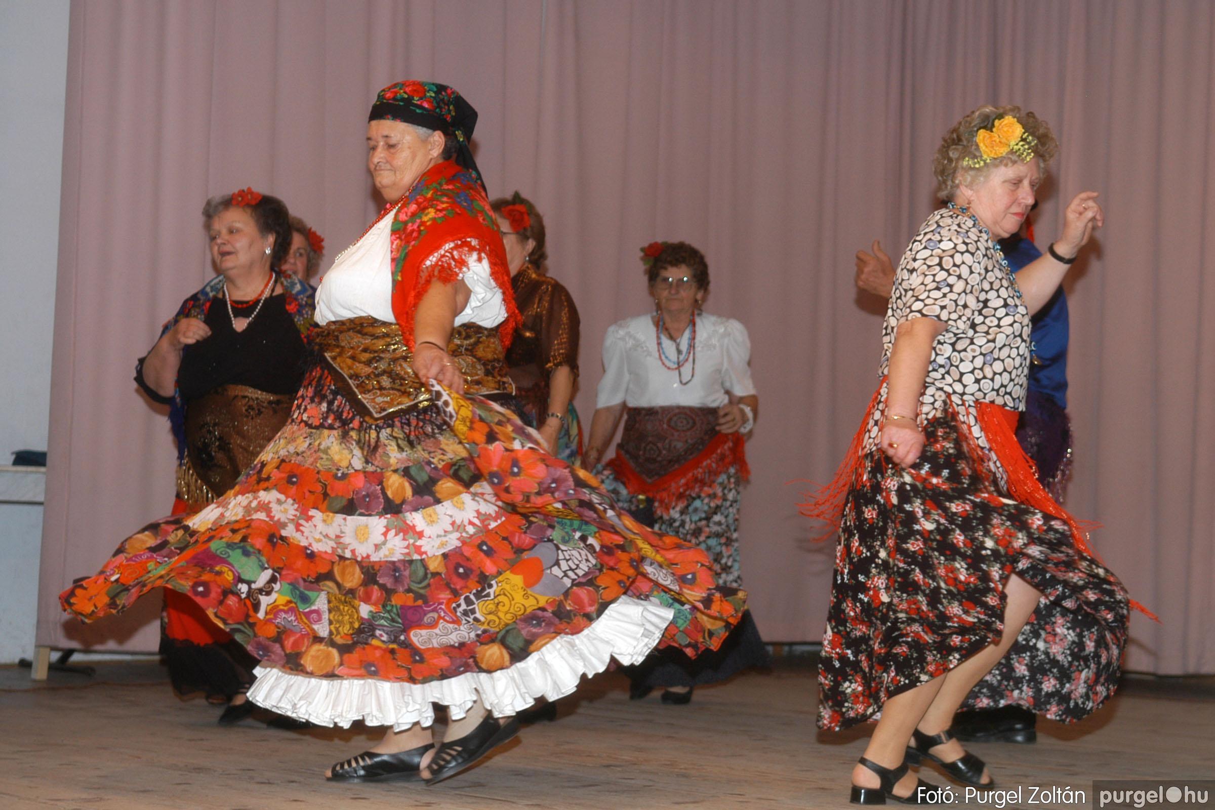 2006.11.25. 024 Szép Öregkor Nyugdíjas Klub bál - Fotó:PURGEL ZOLTÁN© DSC_0329q.jpg