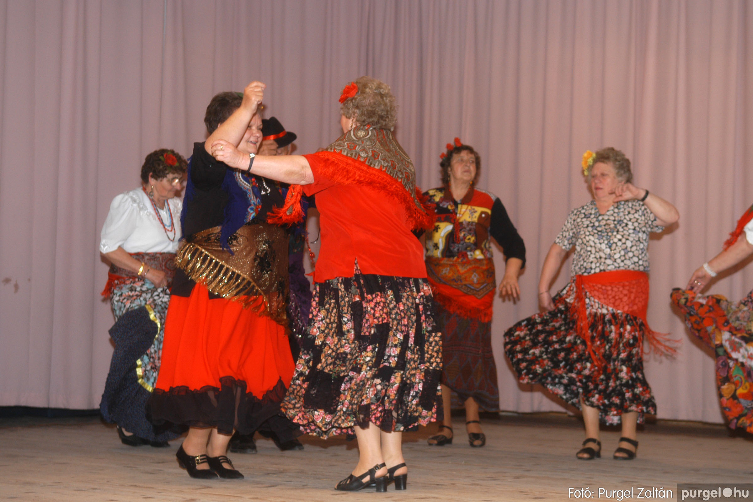 2006.11.25. 023 Szép Öregkor Nyugdíjas Klub bál - Fotó:PURGEL ZOLTÁN© DSC_0328q.jpg