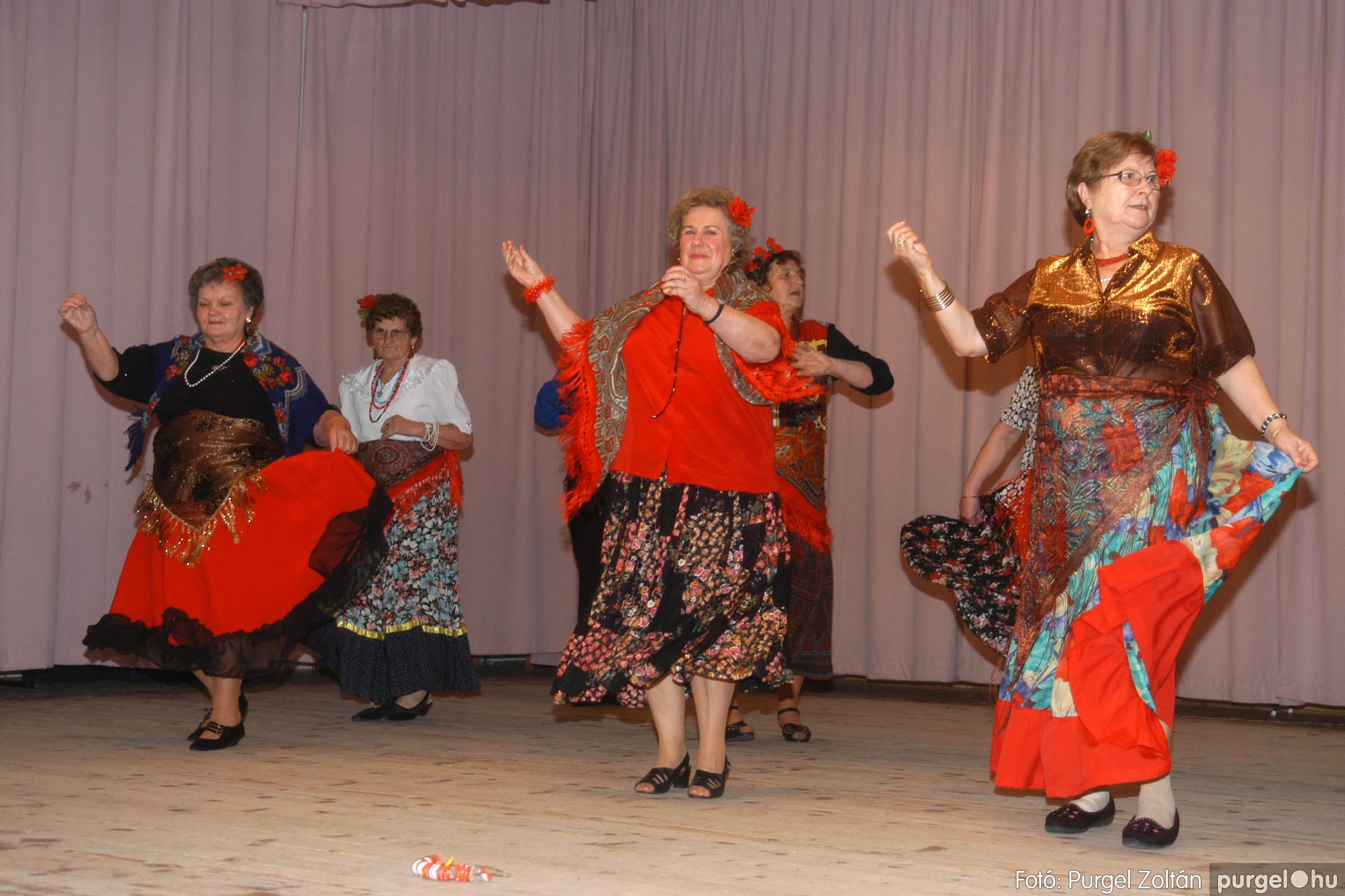2006.11.25. 021 Szép Öregkor Nyugdíjas Klub bál - Fotó:PURGEL ZOLTÁN© DSC_0326q.jpg