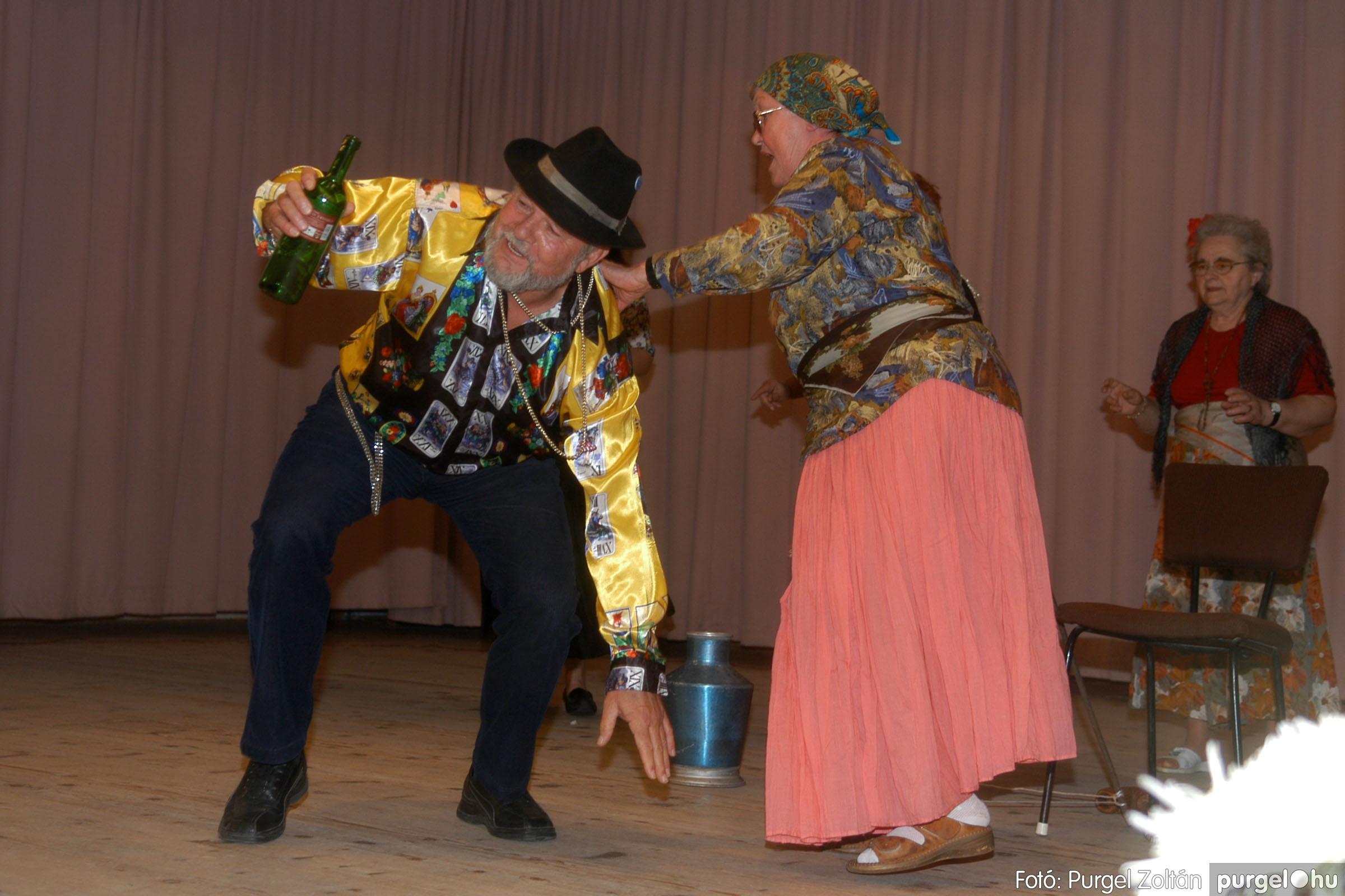 2006.11.25. 008 Szép Öregkor Nyugdíjas Klub bál - Fotó:PURGEL ZOLTÁN© DSC_0313q.jpg