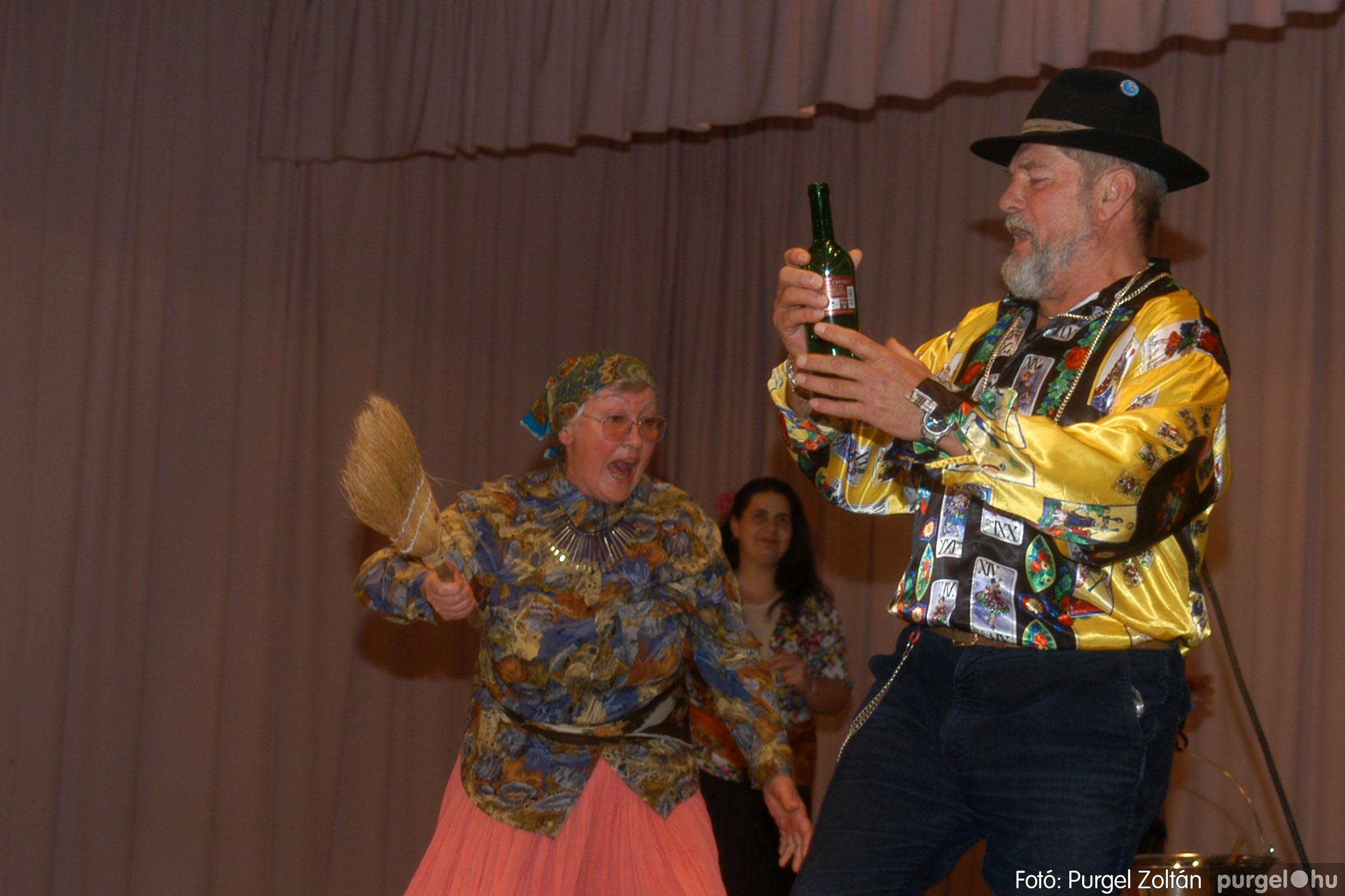 2006.11.25. 010 Szép Öregkor Nyugdíjas Klub bál - Fotó:PURGEL ZOLTÁN© DSC_0315q.jpg