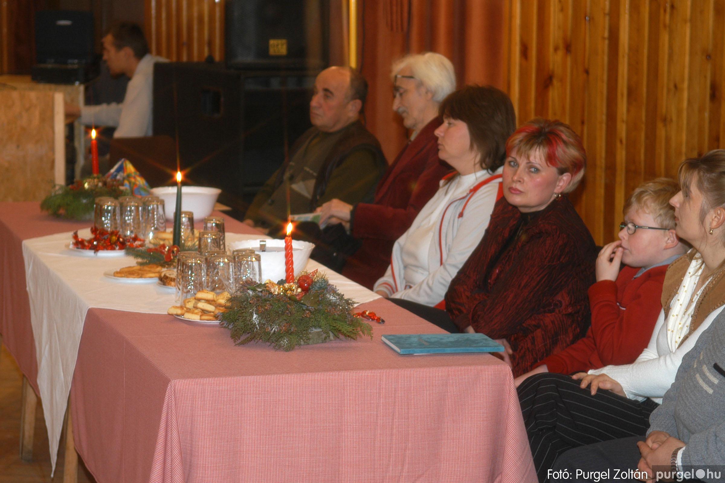 2006.12.22. 008 Kultúrapártolók karácsonya - Fotó:PURGEL ZOLTÁN© DSC_0225q.jpg