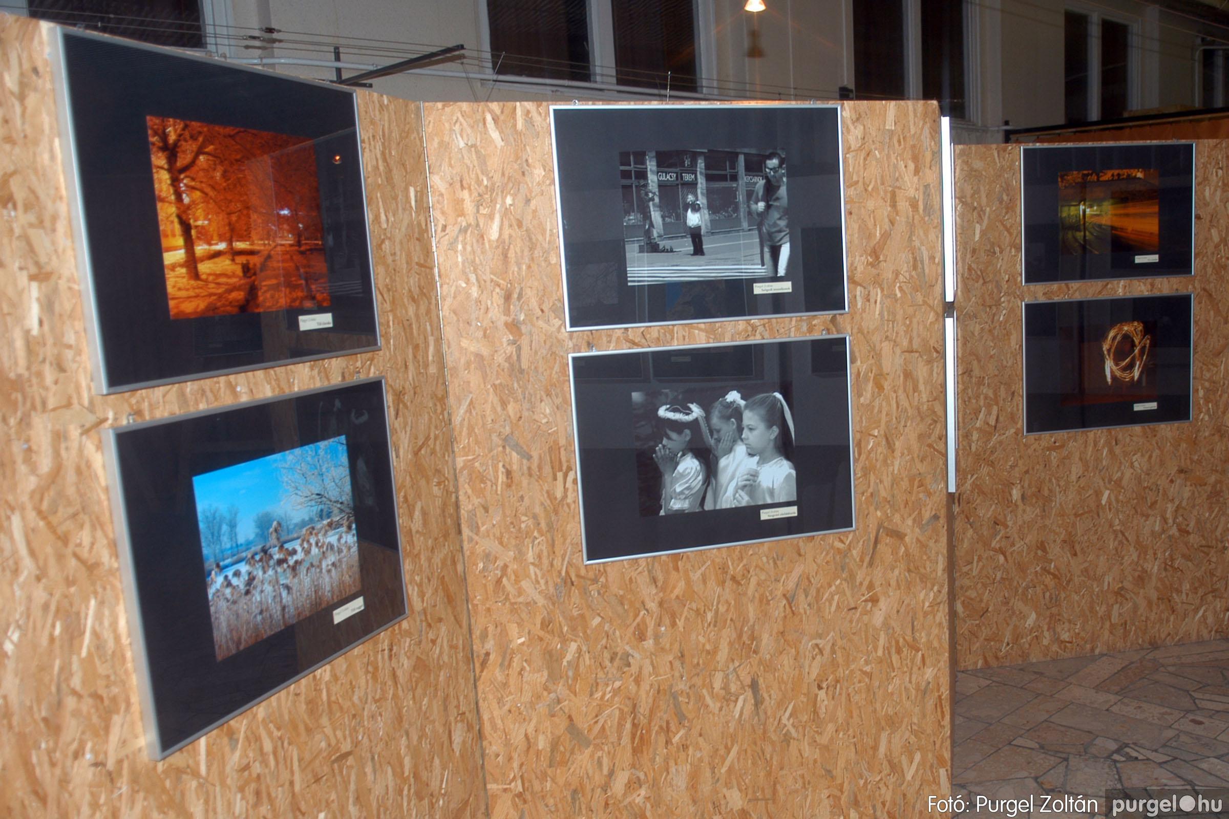 2006.12.28. 004 Fény-képek kiállítás - Fotó:PURGEL ZOLTÁN© DSC_0394q.jpg