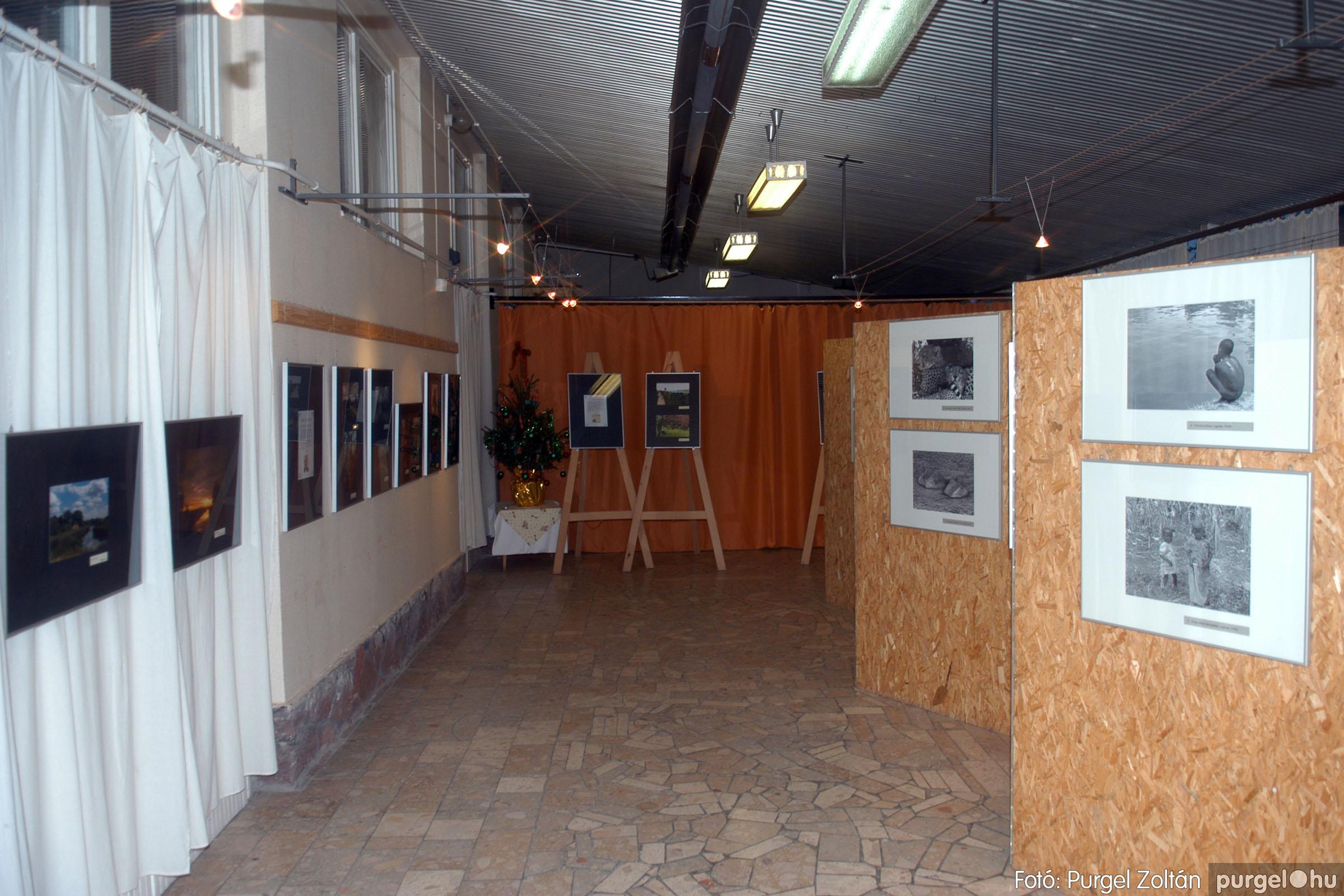 2006.12.28. 002 Fény-képek kiállítás - Fotó:PURGEL ZOLTÁN© DSC_0392q.jpg