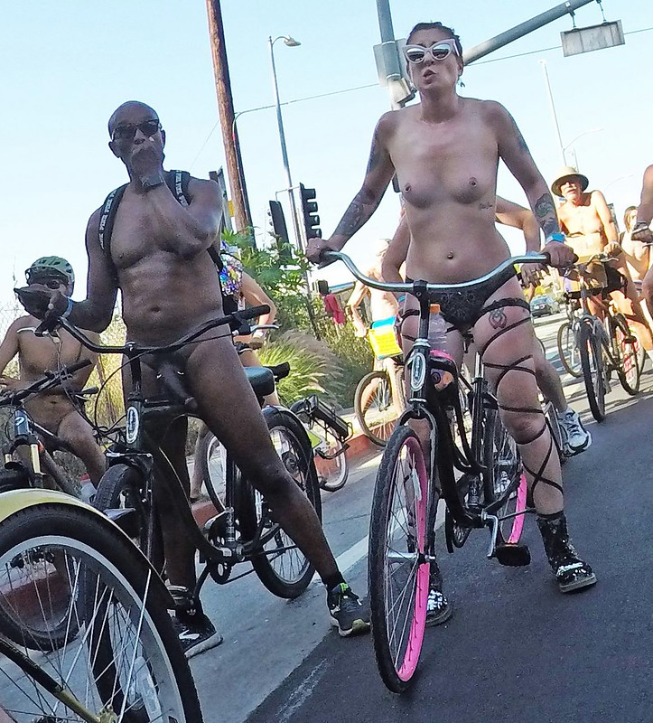 LA World Naked Bike Ride 2019 (172227A)