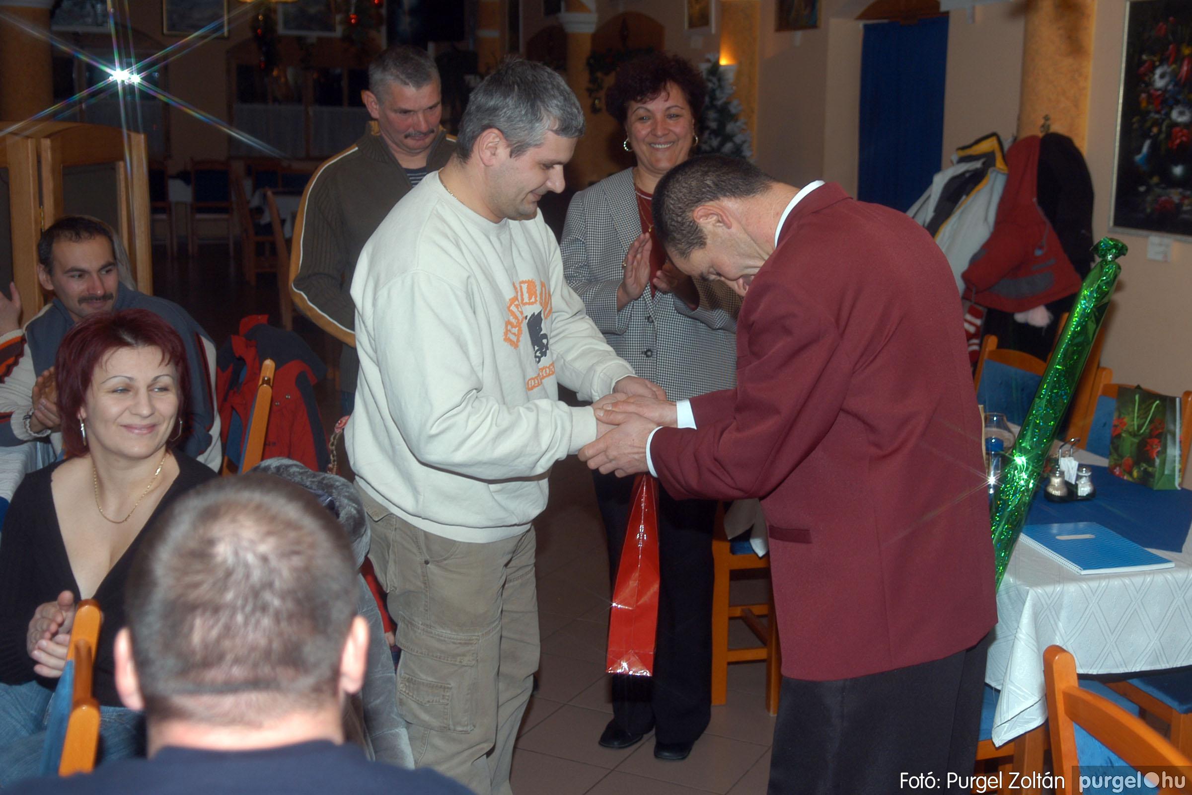 2006.12.30. 029 Szegvári Kyokushin Karate Klub évzáró - Fotó:PURGEL ZOLTÁN© DSC_0034q.jpg
