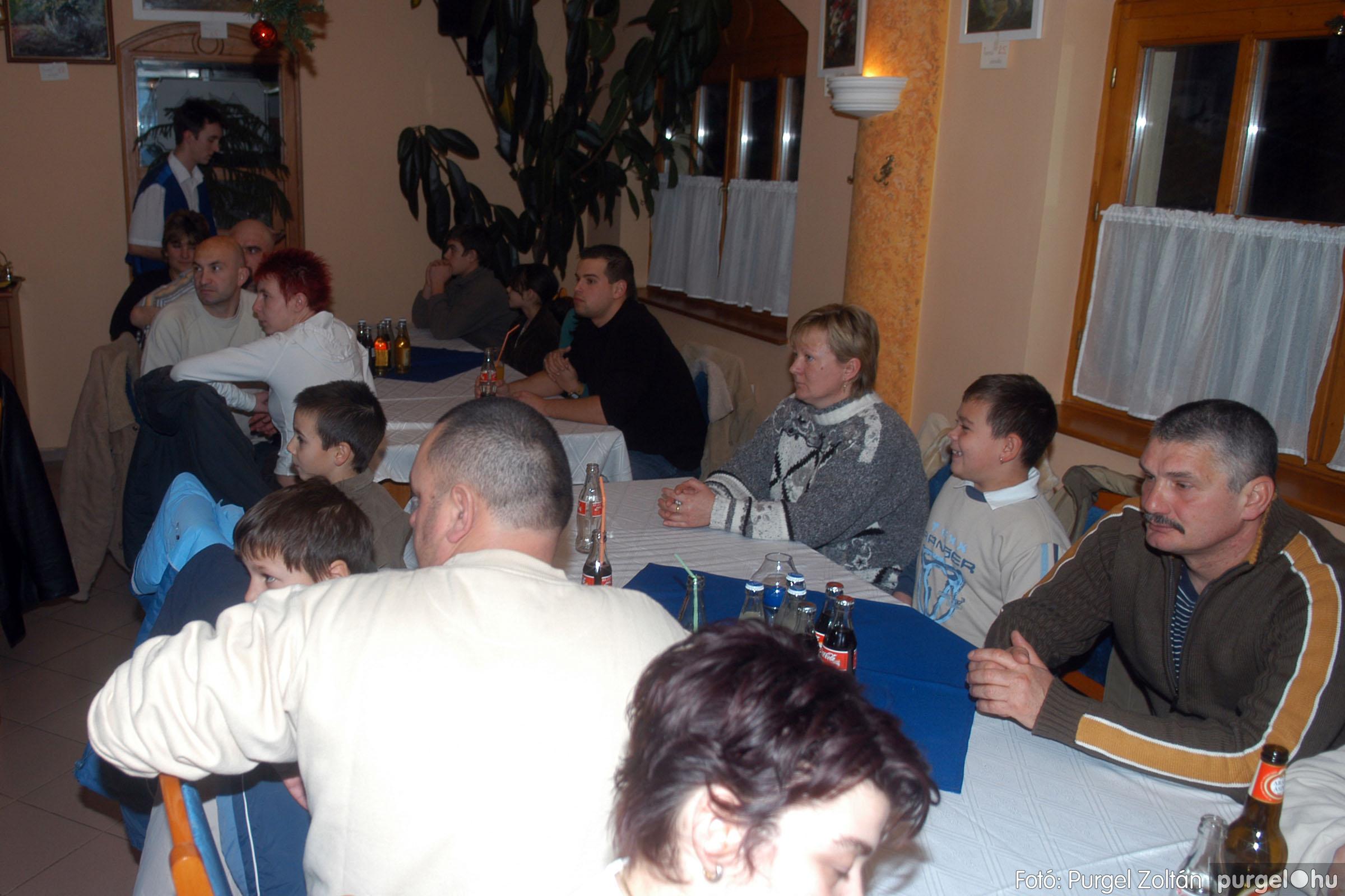 2006.12.30. 003 Szegvári Kyokushin Karate Klub évzáró - Fotó:PURGEL ZOLTÁN© DSC_0003q.jpg