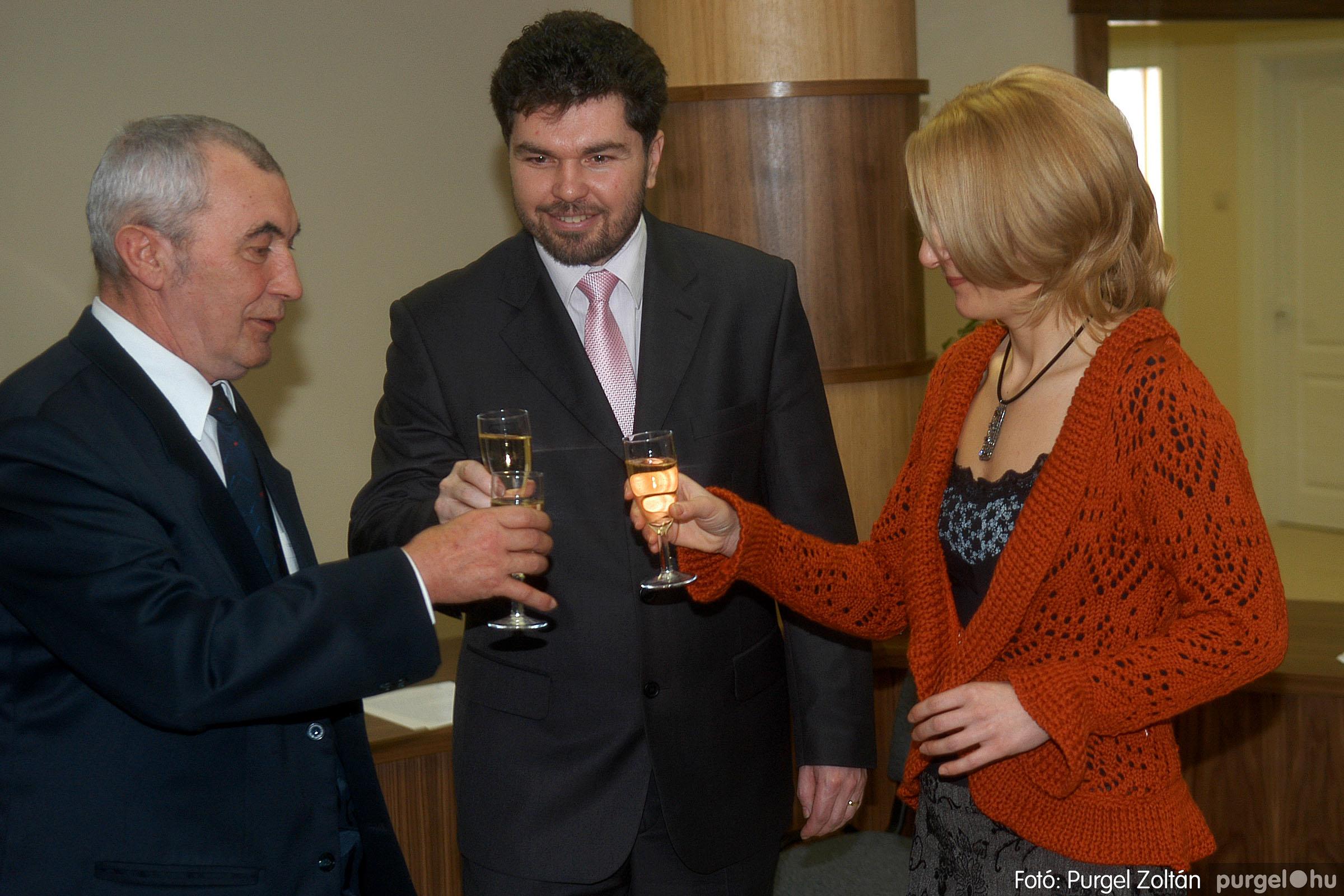 2007.02.02. 015 Szegvár és Vidéke Tak. hódmezővásárhelyi kirendeltségének megnyitója.jpg