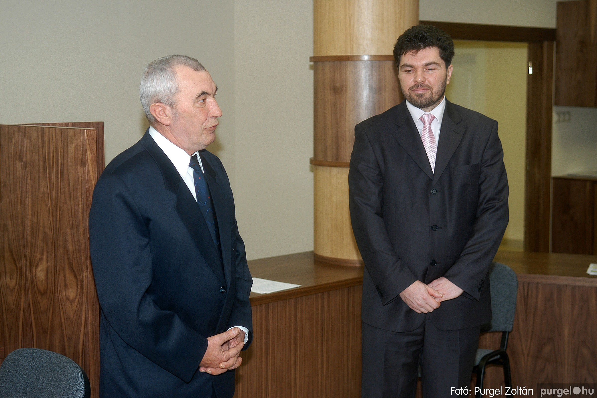 2007.02.02. 007 Szegvár és Vidéke Tak. hódmezővásárhelyi kirendeltségének megnyitója.jpg