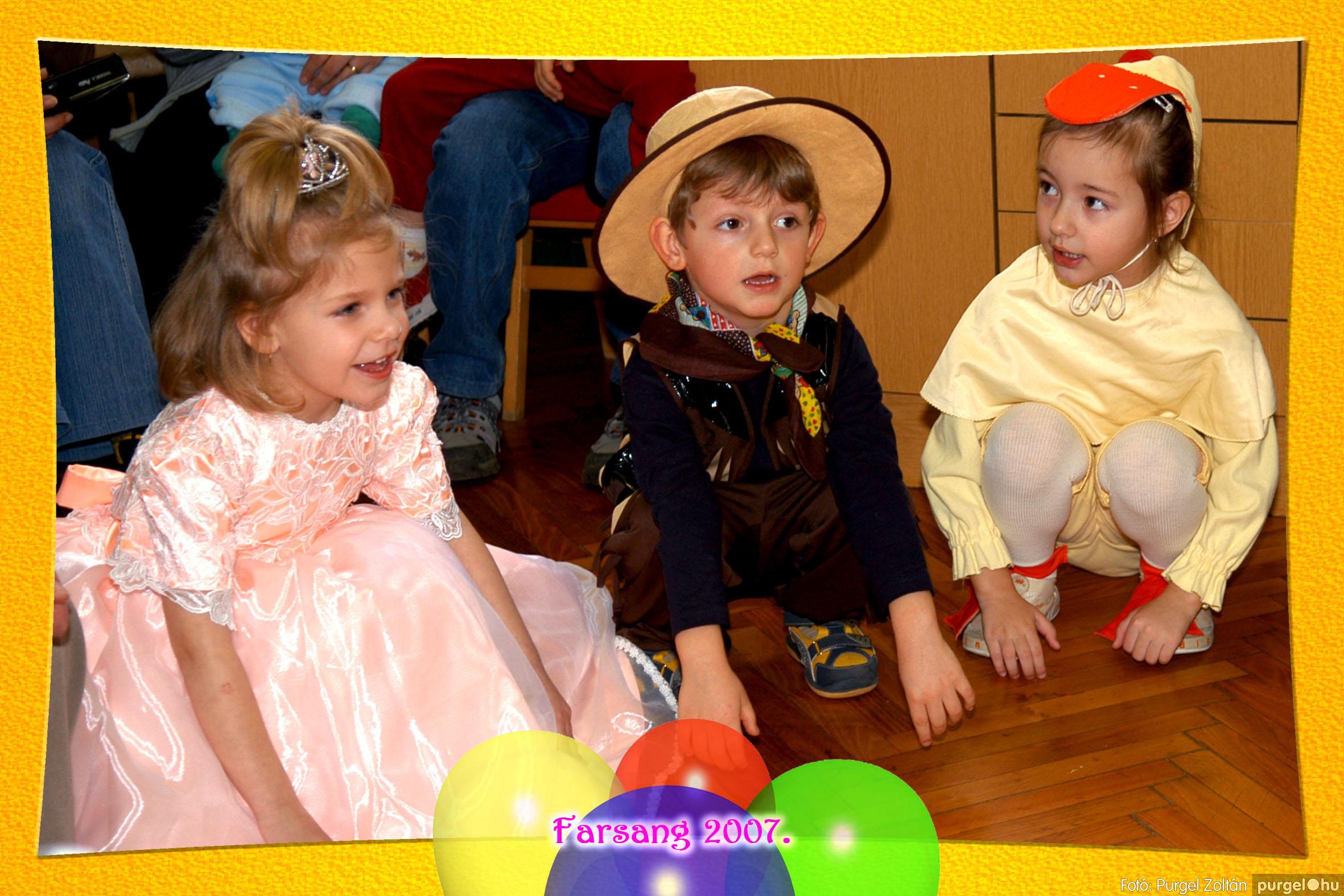 2007.02.25. 044 Kurca-parti Óvoda farsang 2007. - Eszterlánc csoport - Fotó:PURGEL ZOLTÁN© 113.jpg