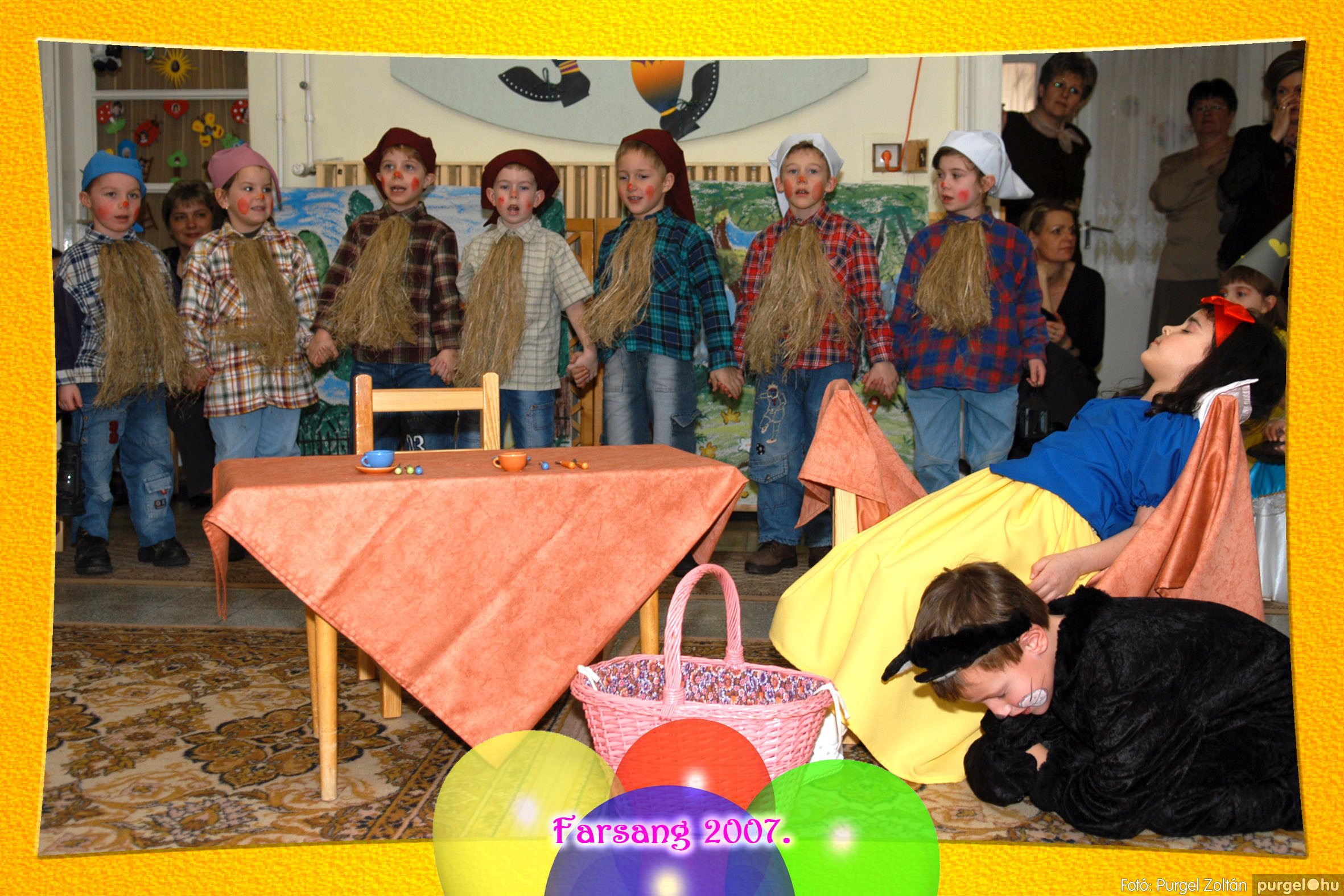 2007.02.25. 116 Kurca-parti Óvoda farsang 2007. - Napsugár csoport - Fotó:PURGEL ZOLTÁN© 409.jpg