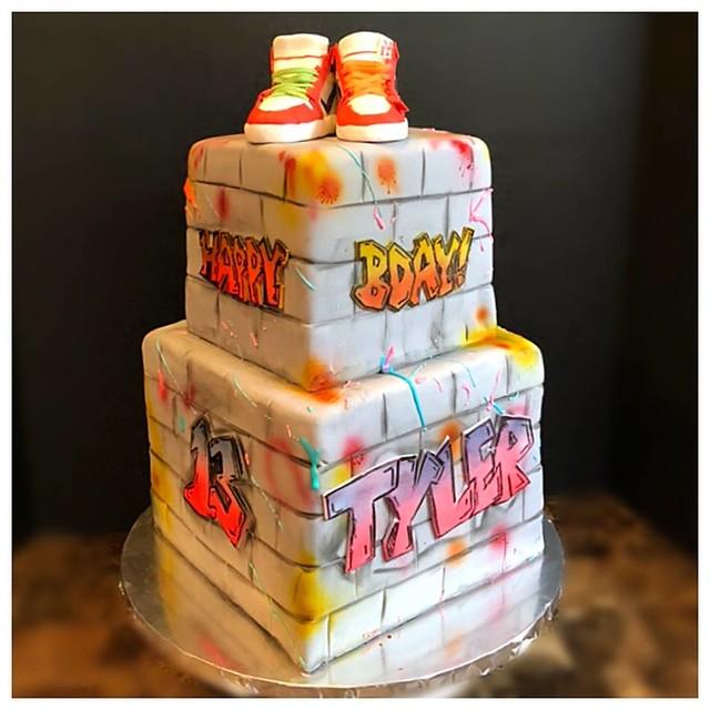 Cake by Kakes by Krisota, LLC