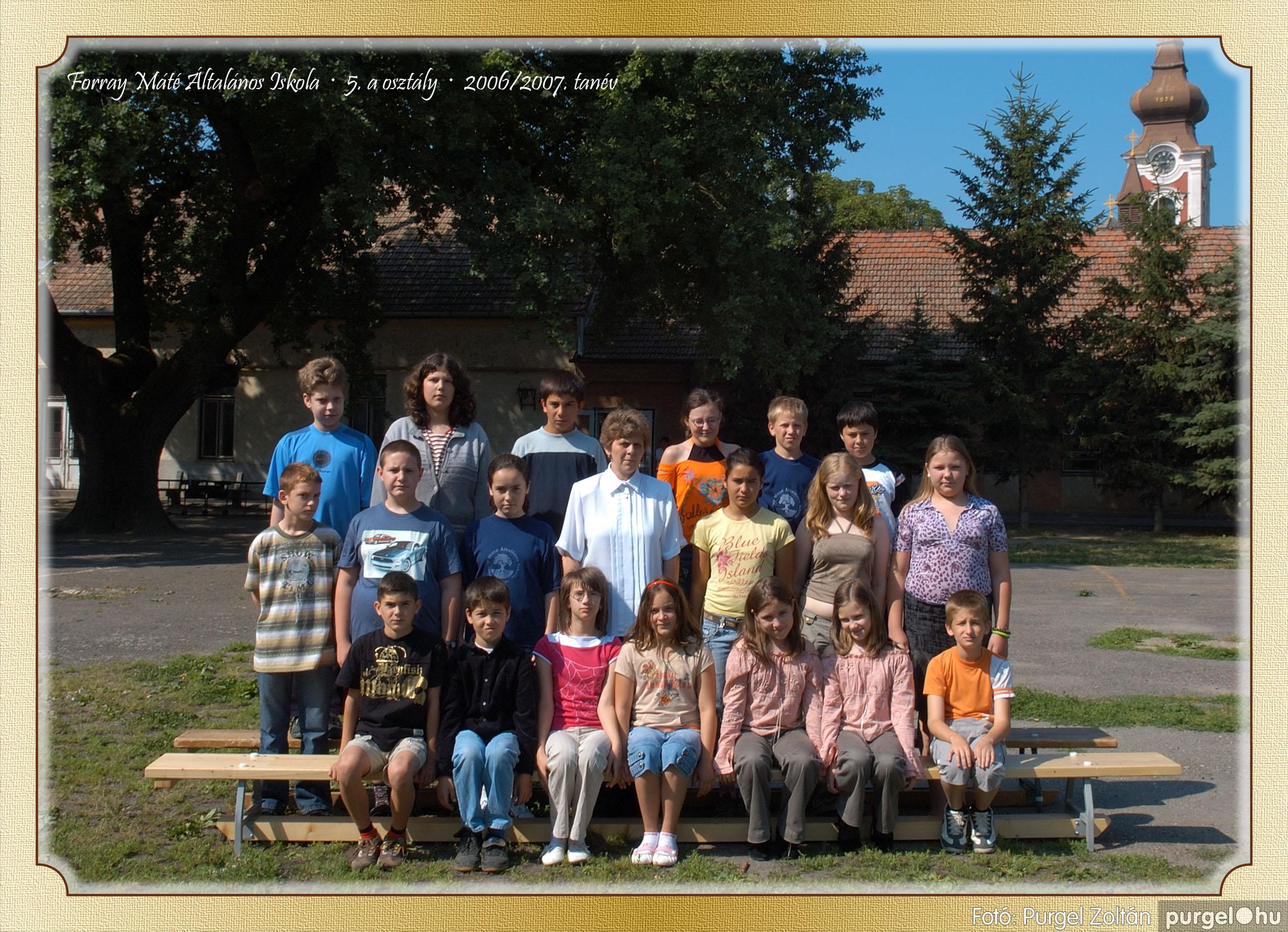 2007.03.20-06.01. 016 Forray Máté Általános Iskola osztályképek 2007. - Fotó:PURGEL ZOLTÁN© 5akomoly.jpg