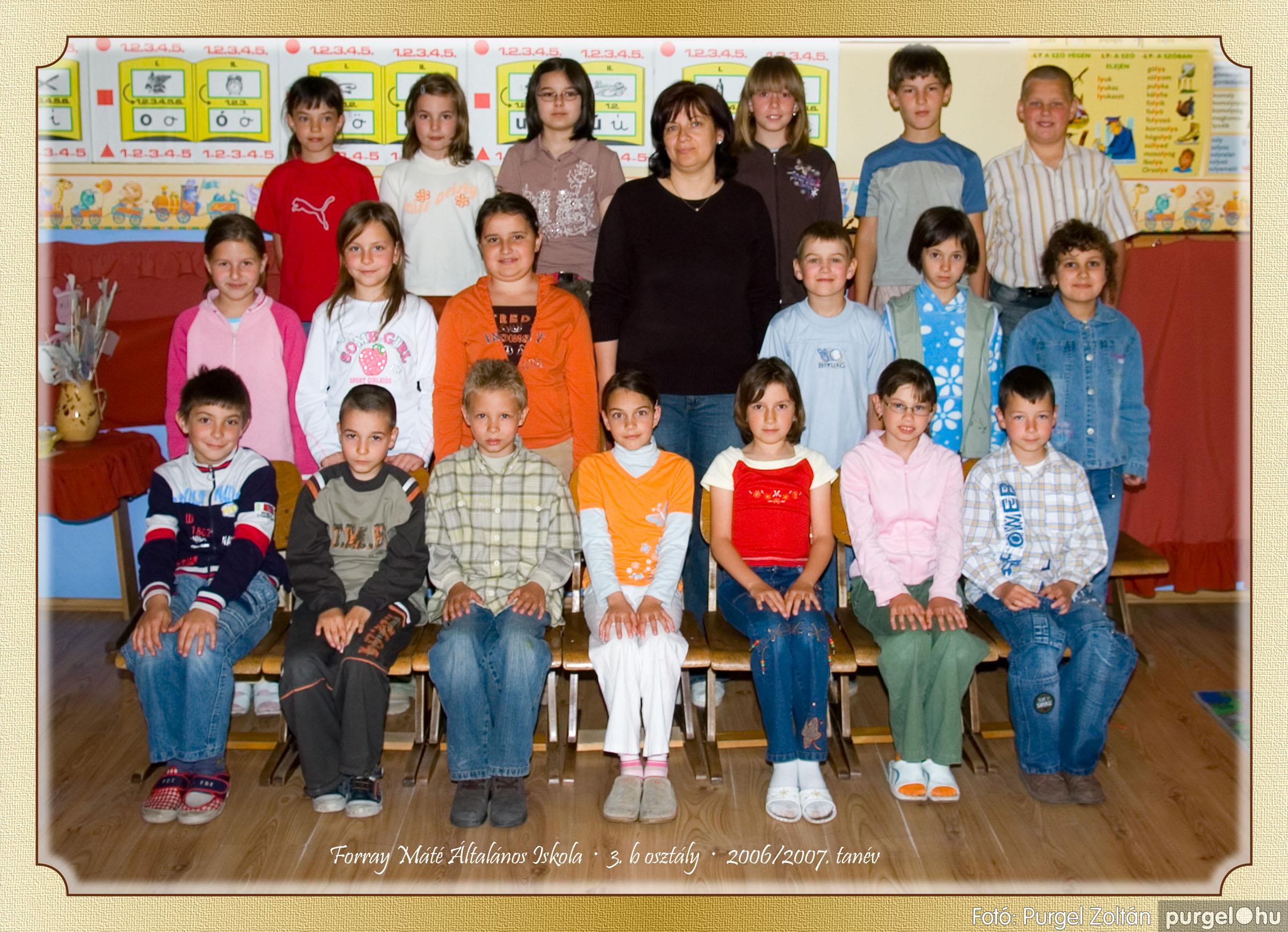 2007.03.20-06.01. 010 Forray Máté Általános Iskola osztályképek 2007. - Fotó:PURGEL ZOLTÁN© 3bkomoly.jpg