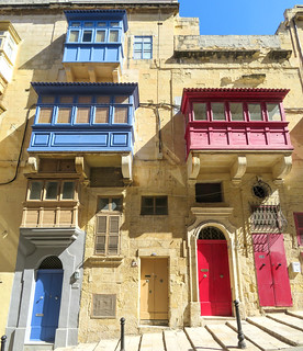 Maltese houses with their typical balconies, the gallarija