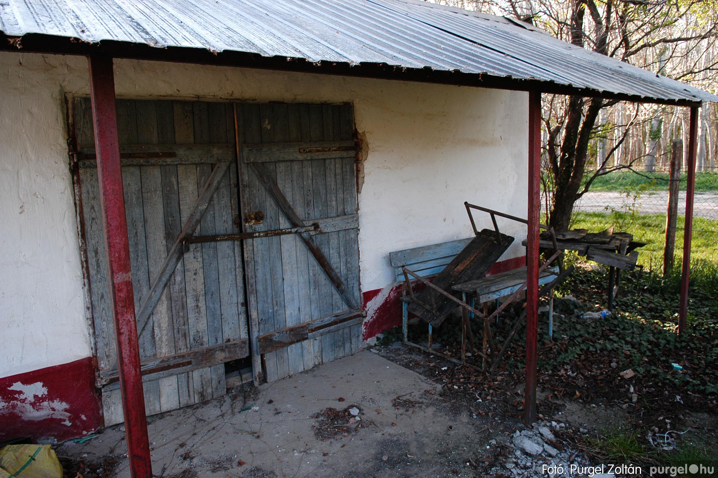 2007.04.08. 005 Látogatás az egykori iskolai gyakorlókertben - Fotó:PURGEL ZOLTÁN© DSC_0215q.jpg