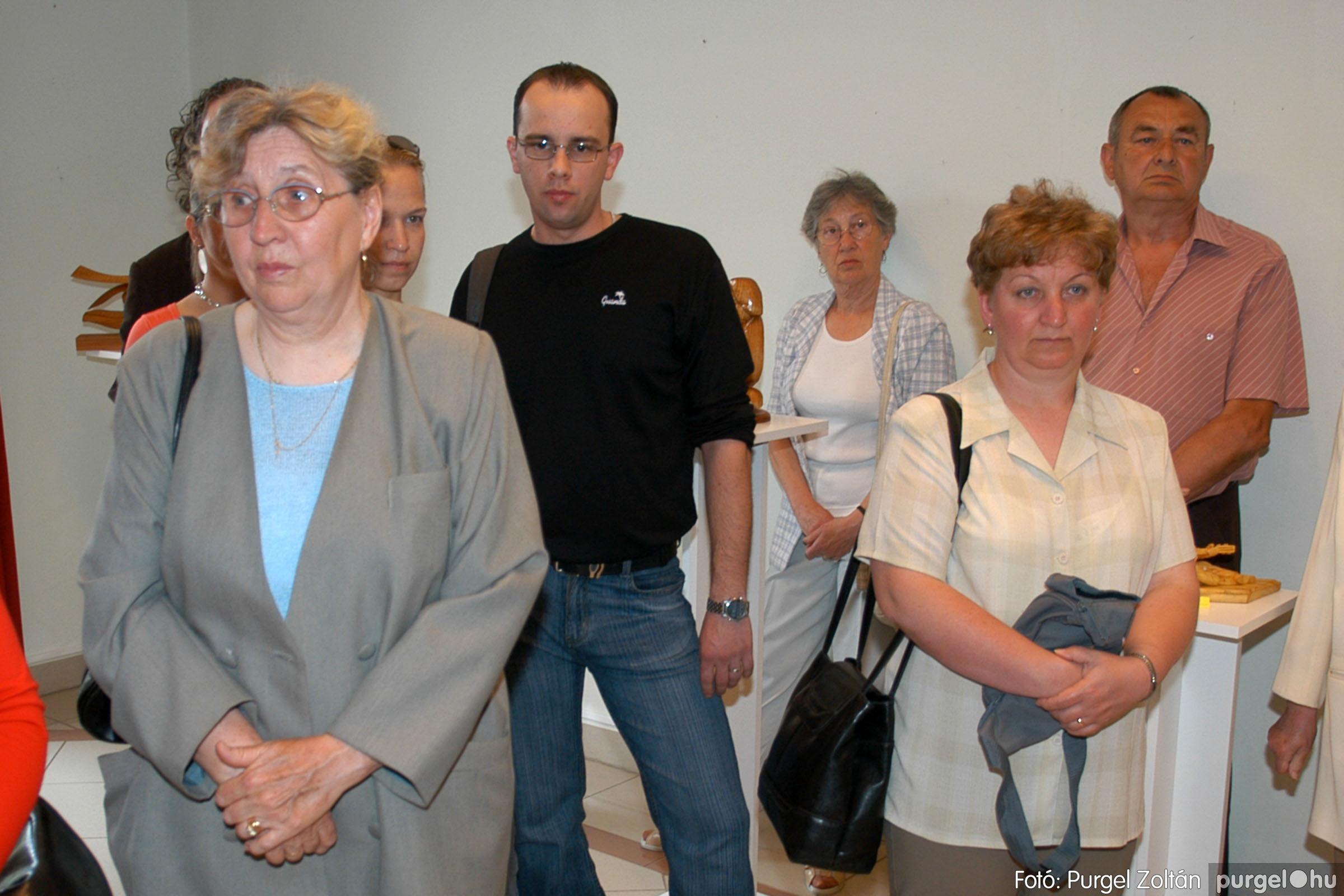 2007.04.28. 007 Tóth József fafaragó kiállítása Szentesen - Fotó:PURGEL ZOLTÁN© DSC_0098q.jpg