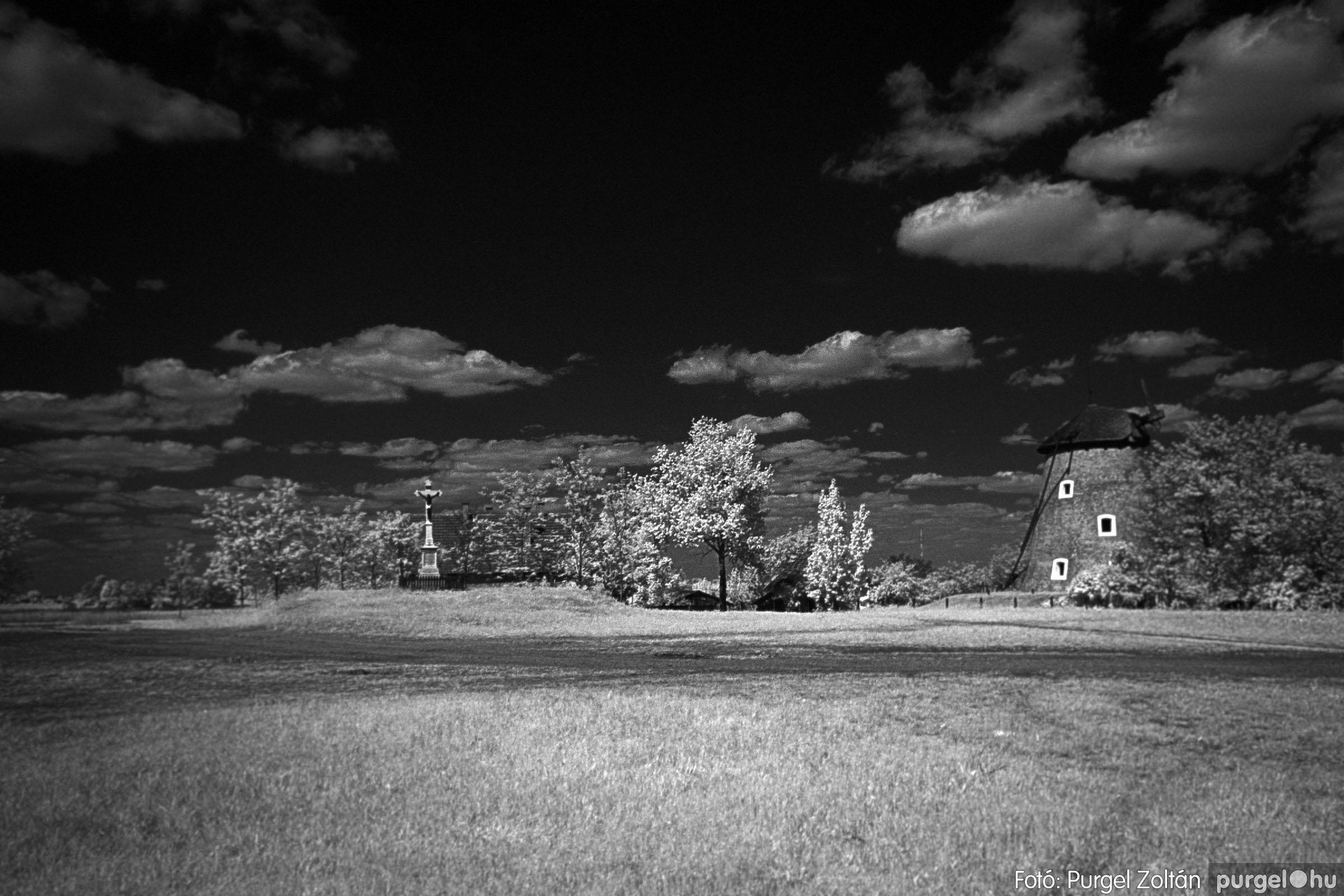 2007.04.30. 008 A szélmalom és környéke - Fotó:PURGEL ZOLTÁN© DSC_0174q.jpg