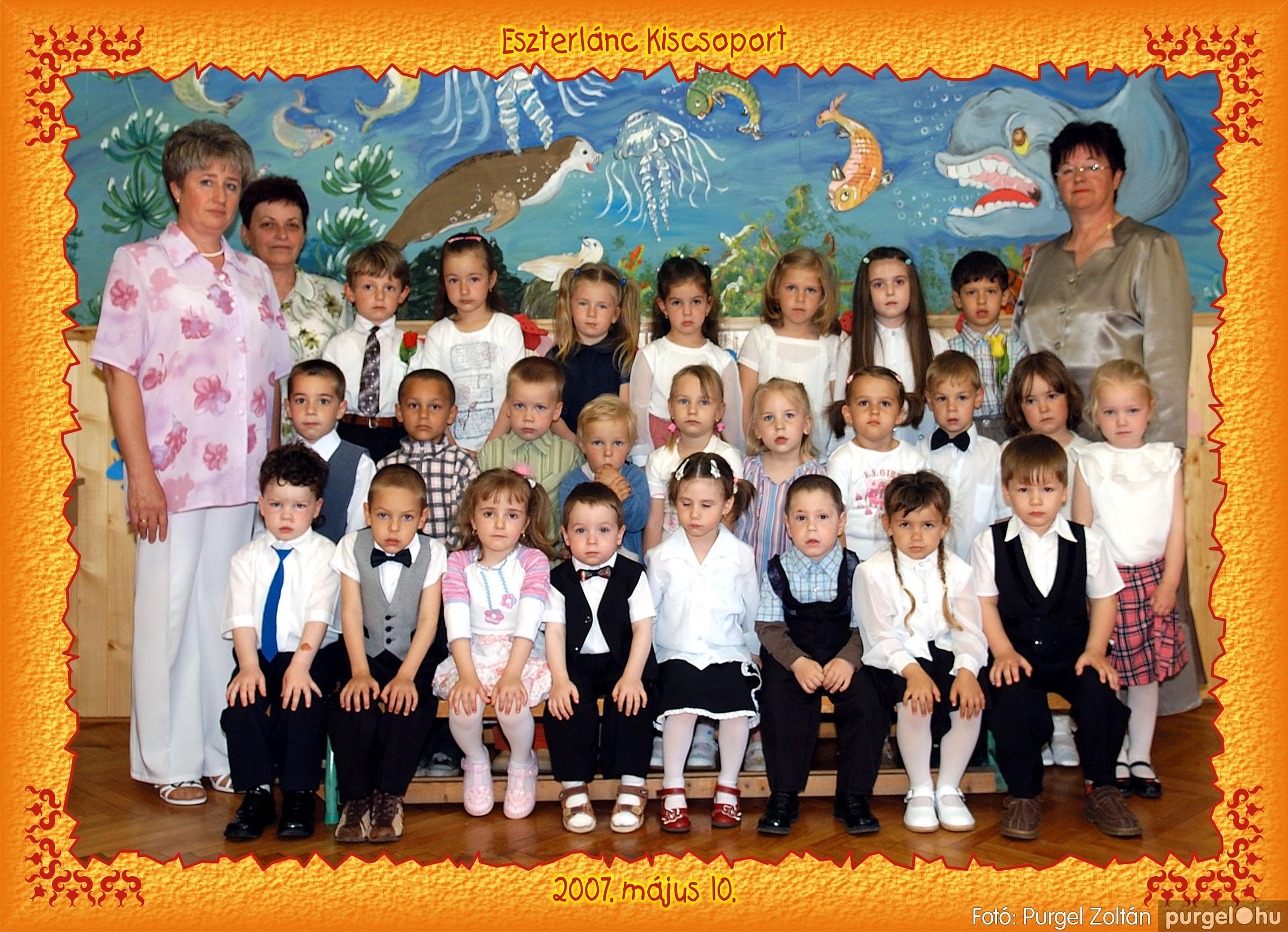 2007.05.10-19. 003 Kurca-parti Óvoda csoportképek 2007. - Fotó:PURGEL ZOLTÁN© 153eszterlánc.jpg