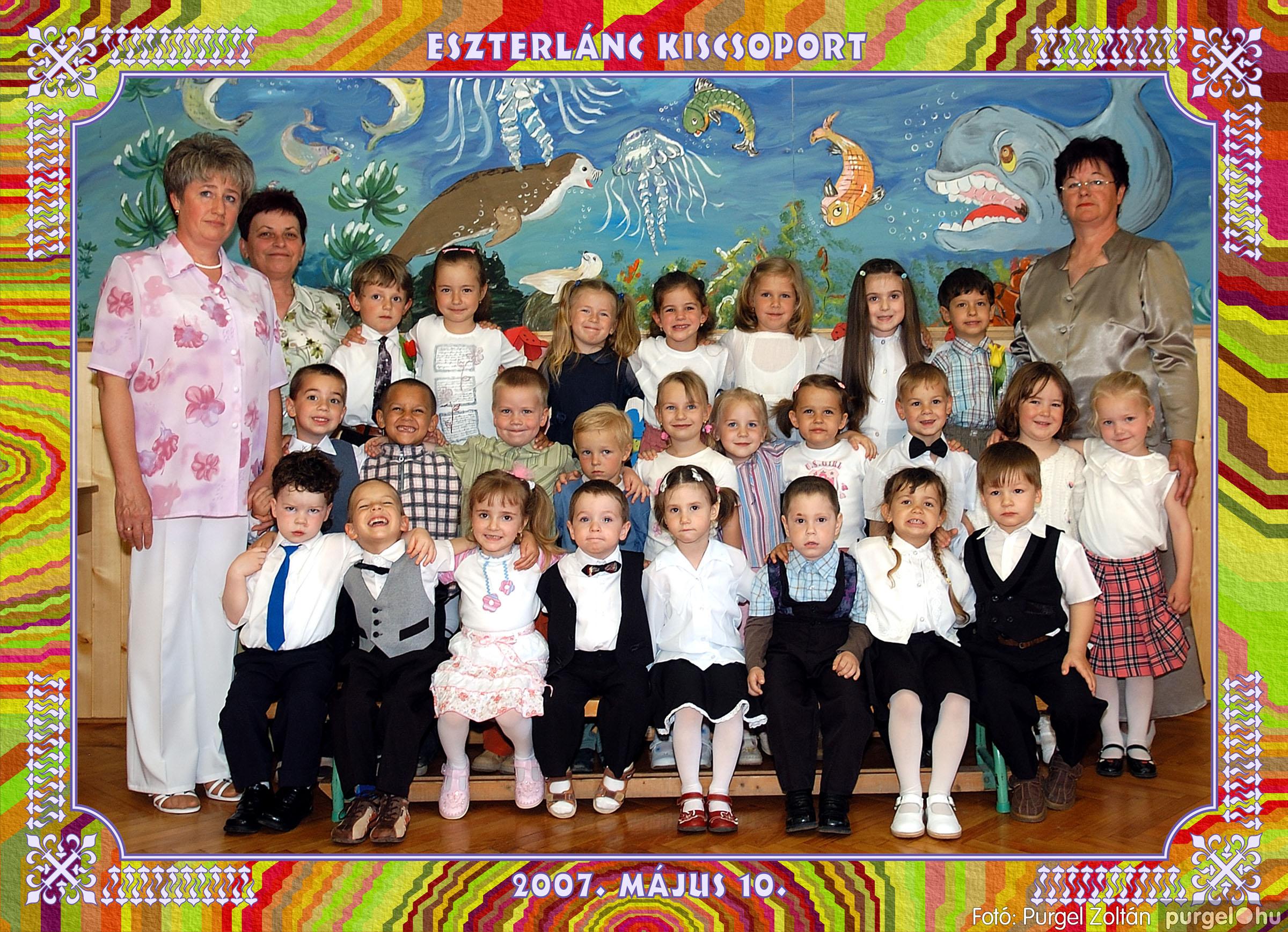 2007.05.10-19. 002 Kurca-parti Óvoda csoportképek 2007. - Fotó:PURGEL ZOLTÁN© 152eszterlánc.jpg