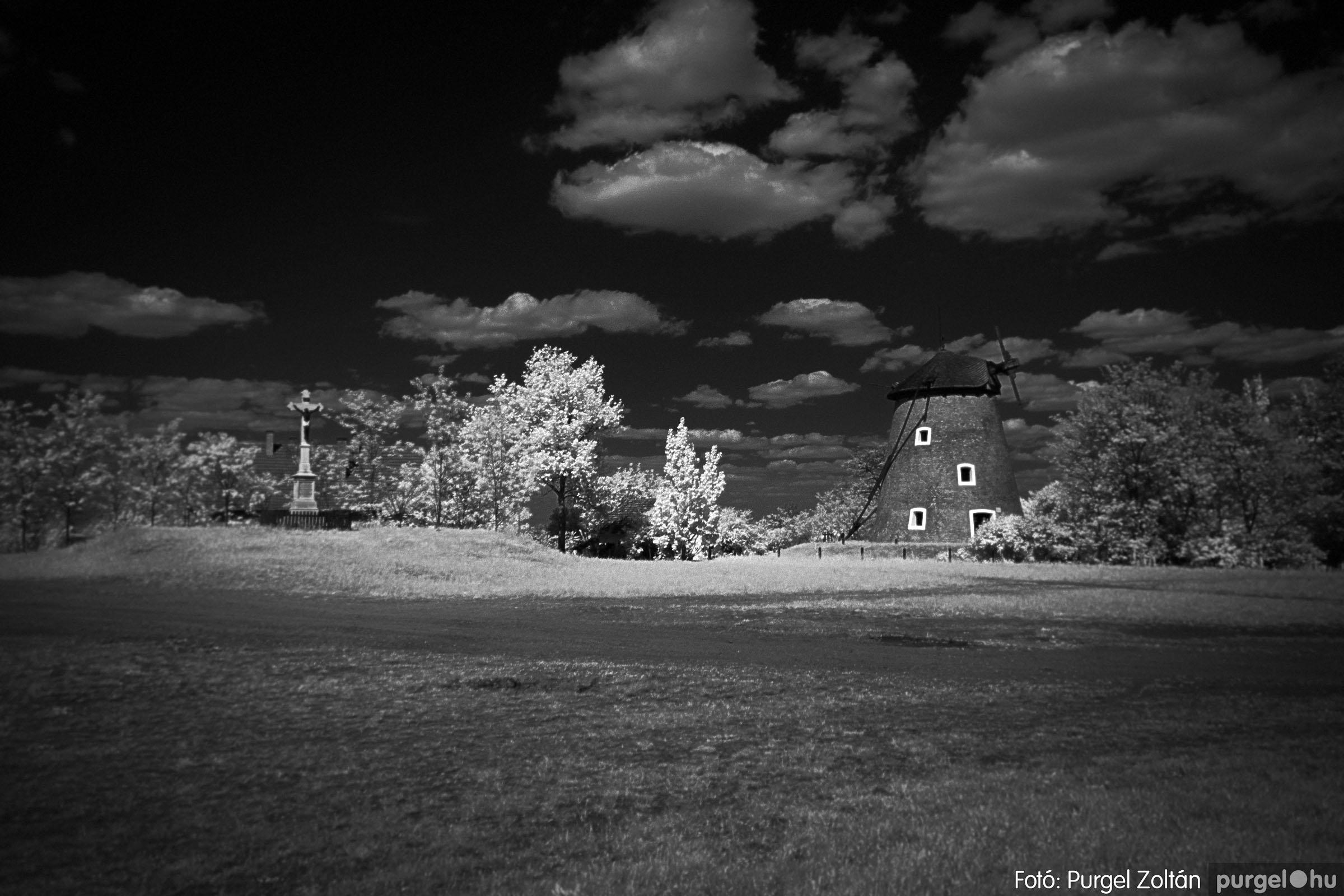 2007.04.30. 005 A szélmalom és környéke - Fotó:PURGEL ZOLTÁN© DSC_0166q.jpg