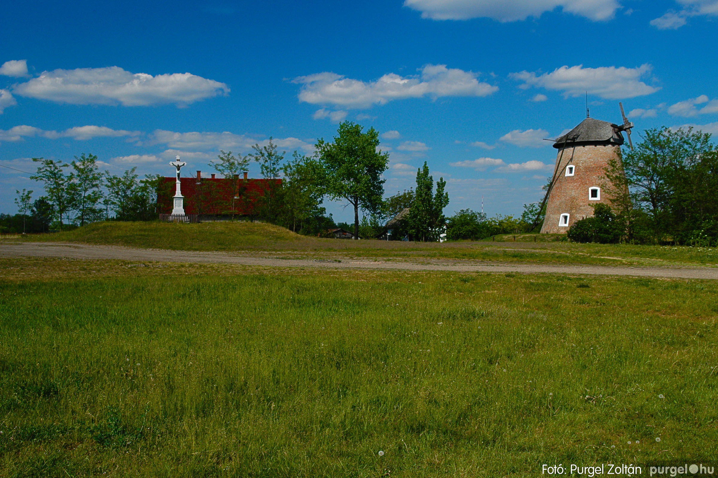 2007.04.30. 004 A szélmalom és környéke - Fotó:PURGEL ZOLTÁN© DSC_0163q.jpg