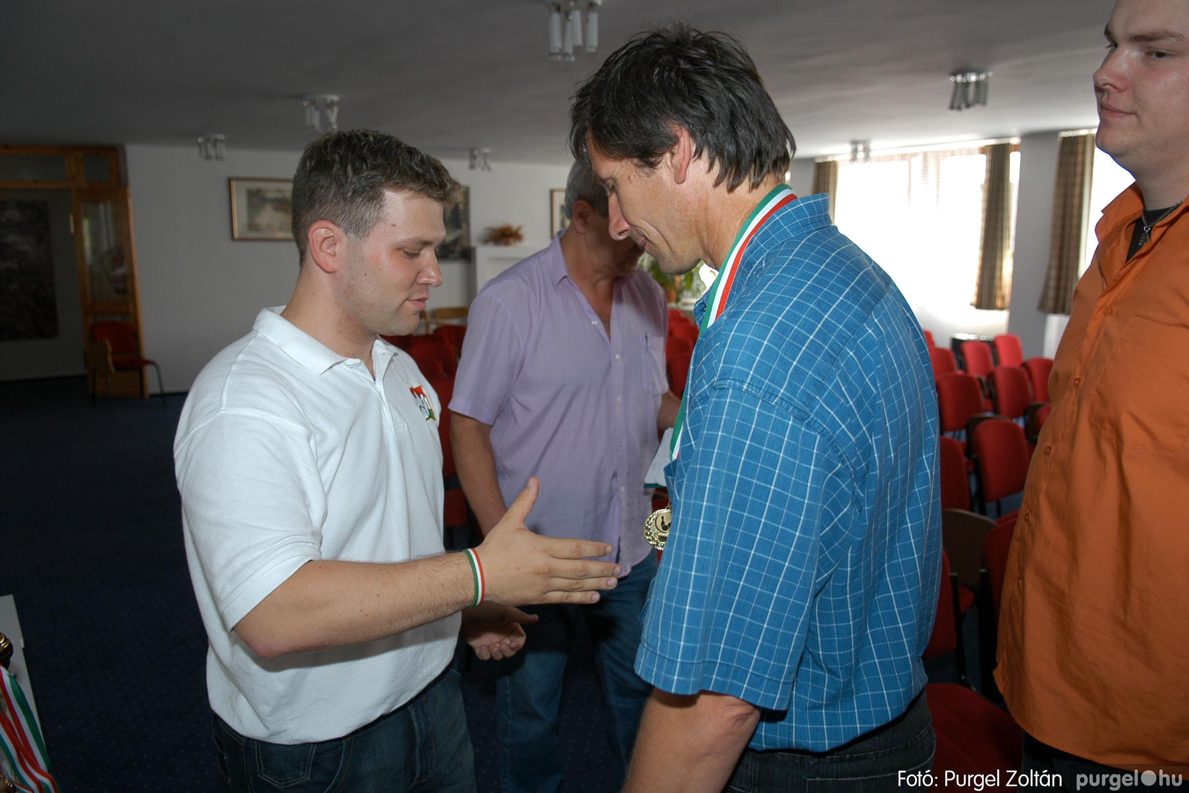 2007.06.02. 040 Éremátadás a Szegvári Teke Sportegyesület tagjainak Balatonszemesen - Fotó:P. Z.©.jpg