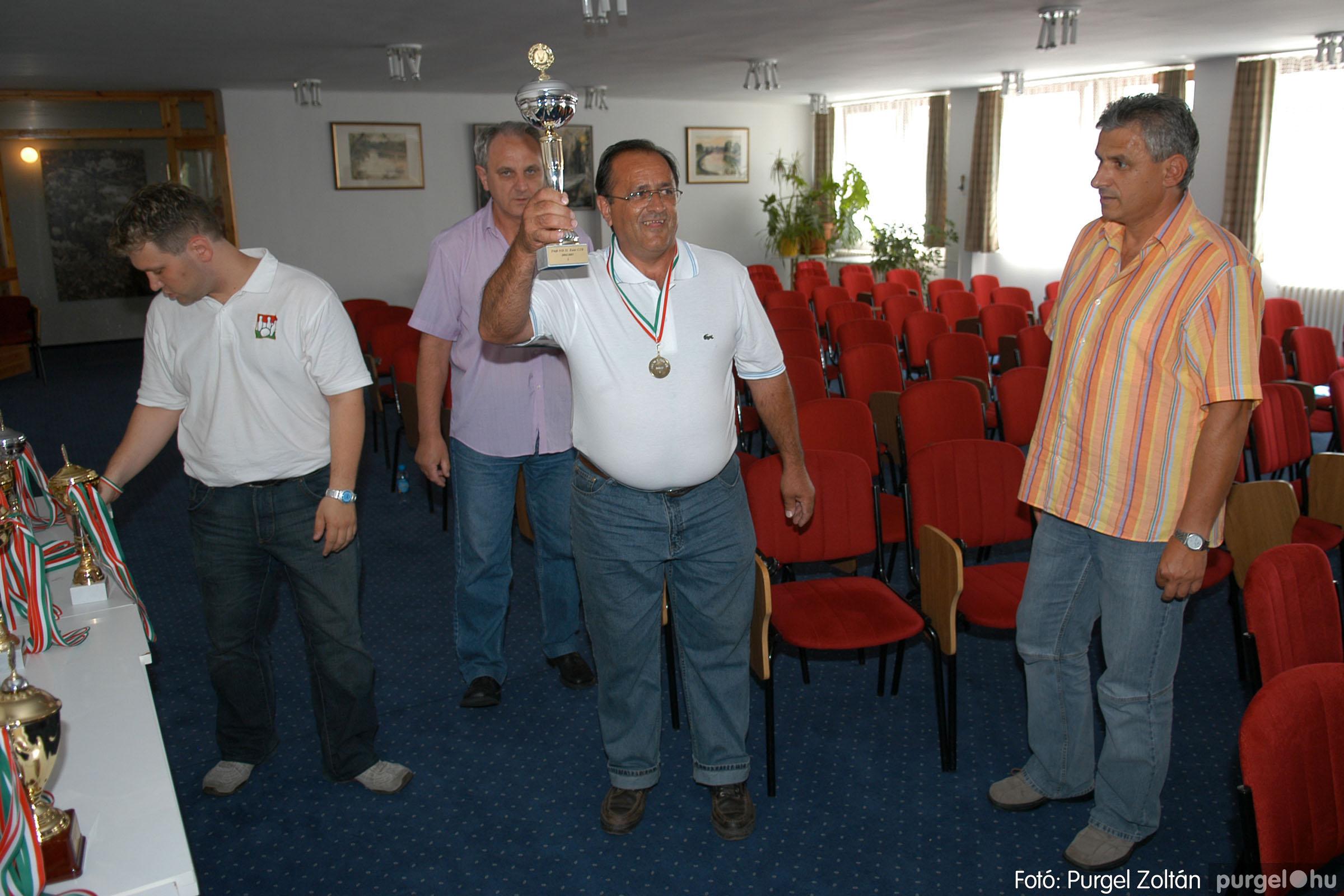 2007.06.02. 022 Éremátadás a Szegvári Teke Sportegyesület tagjainak Balatonszemesen - Fotó:P. Z.©.jpg