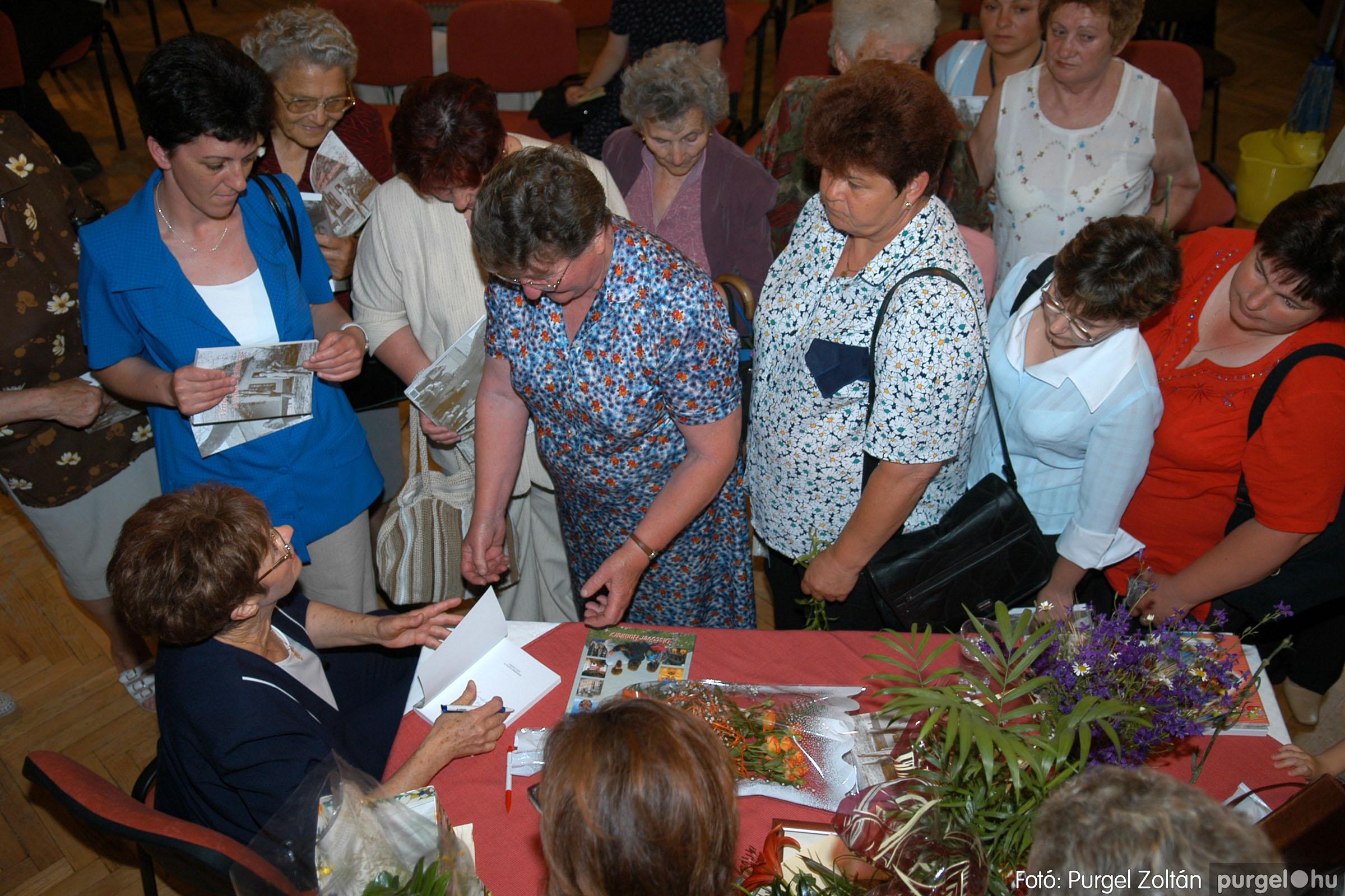 2007.06.03. 080 A tanító öröksége című könyv bemutatása Vértes Judittal - Fotó:PURGEL ZOLTÁN© DSC_0556q.jpg