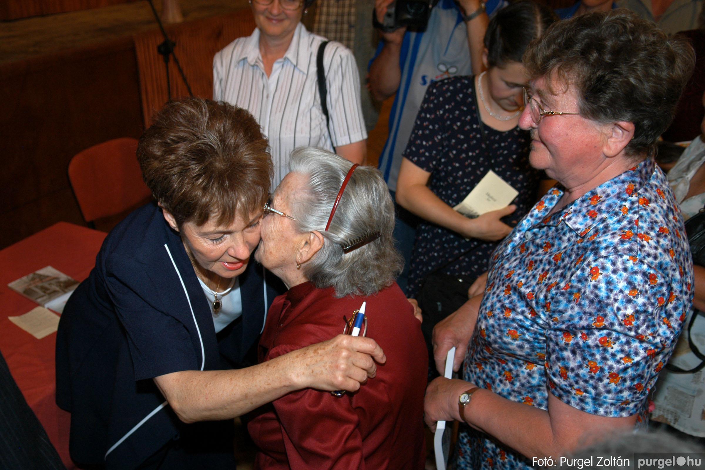 2007.06.03. 074 A tanító öröksége című könyv bemutatása Vértes Judittal - Fotó:PURGEL ZOLTÁN© DSC_0550q.jpg