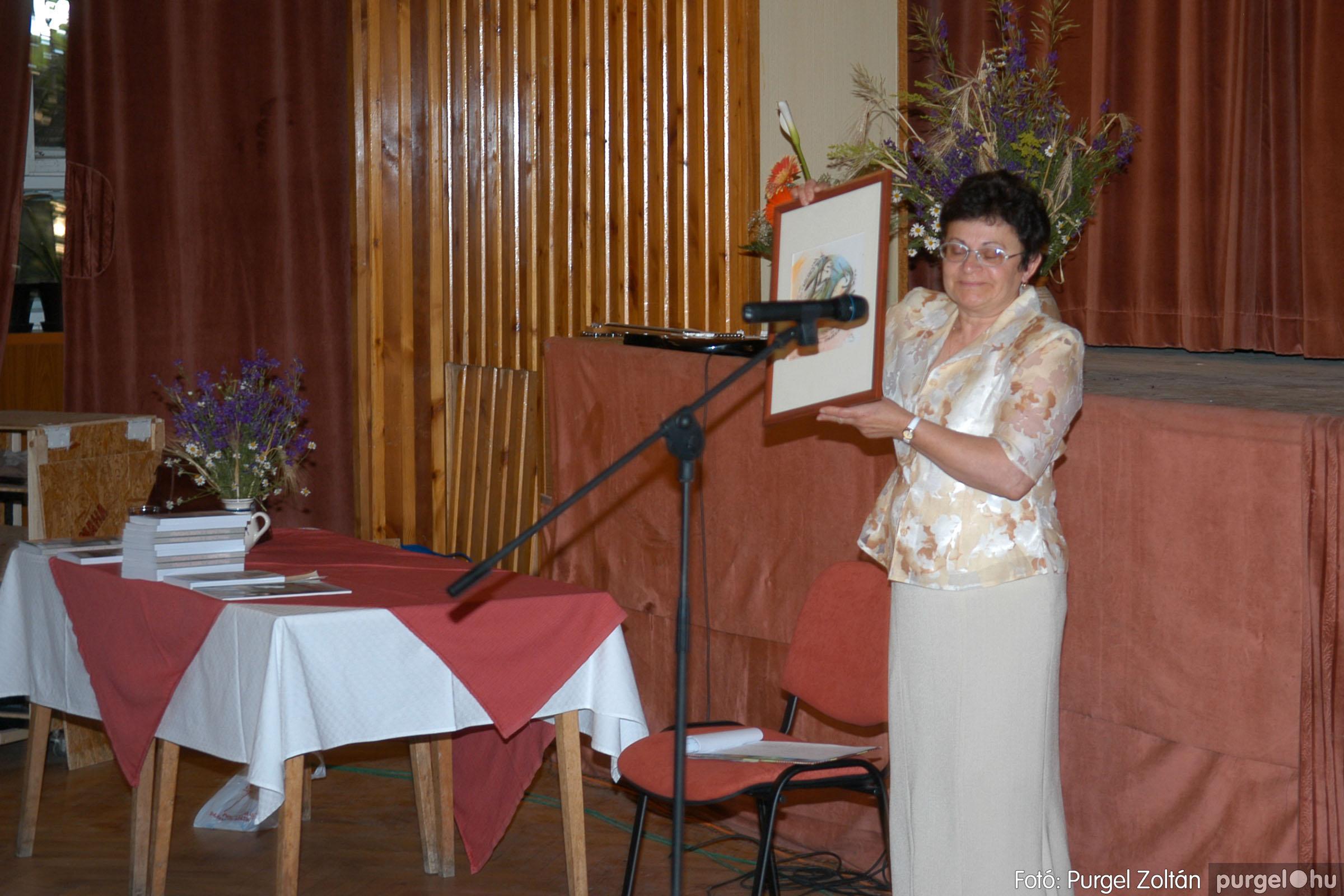 2007.06.03. 068 A tanító öröksége című könyv bemutatása Vértes Judittal - Fotó:PURGEL ZOLTÁN© DSC_0543q.jpg