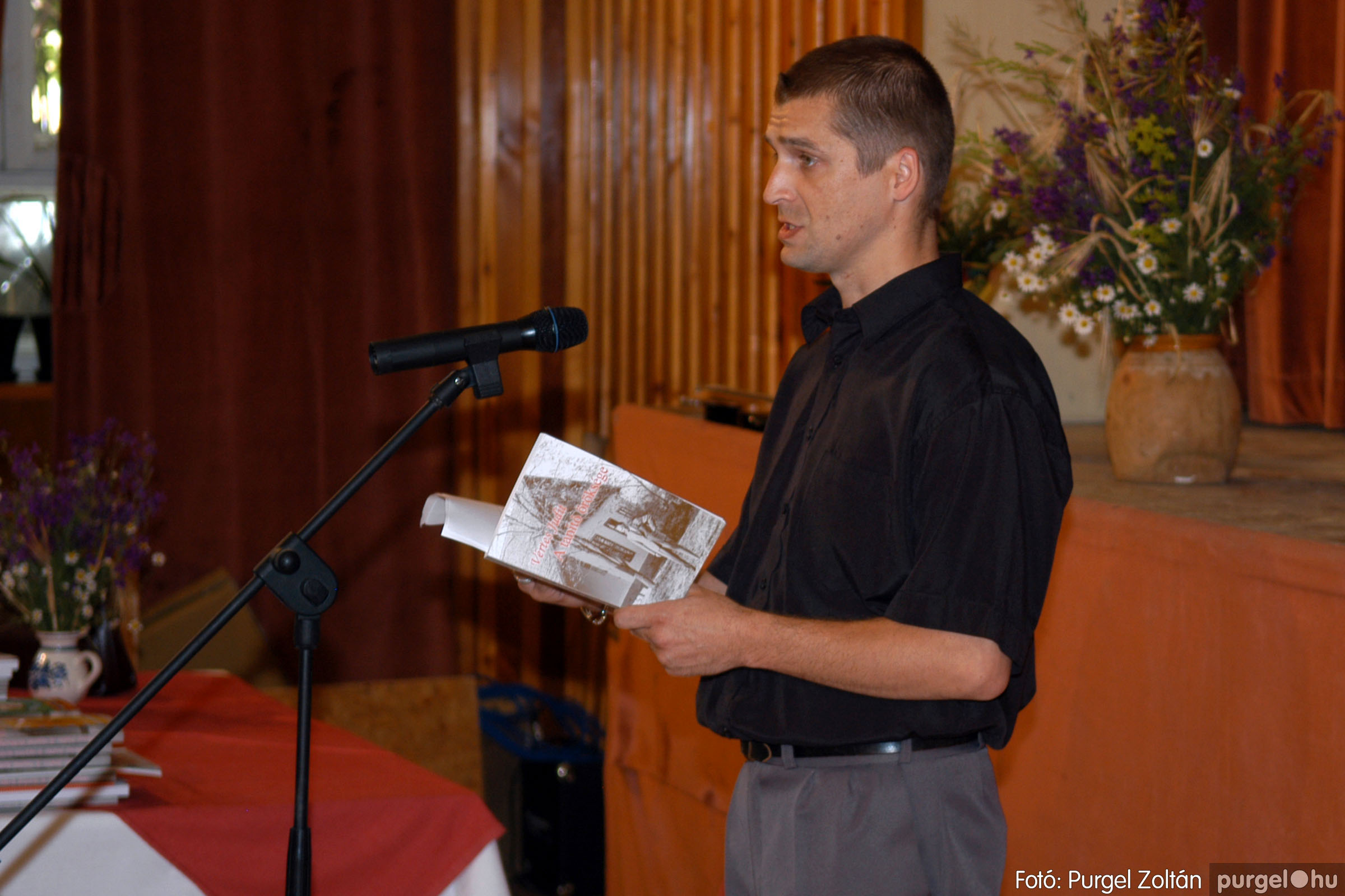 2007.06.03. 027 A tanító öröksége című könyv bemutatása Vértes Judittal - Fotó:PURGEL ZOLTÁN© DSC_0495q.jpg