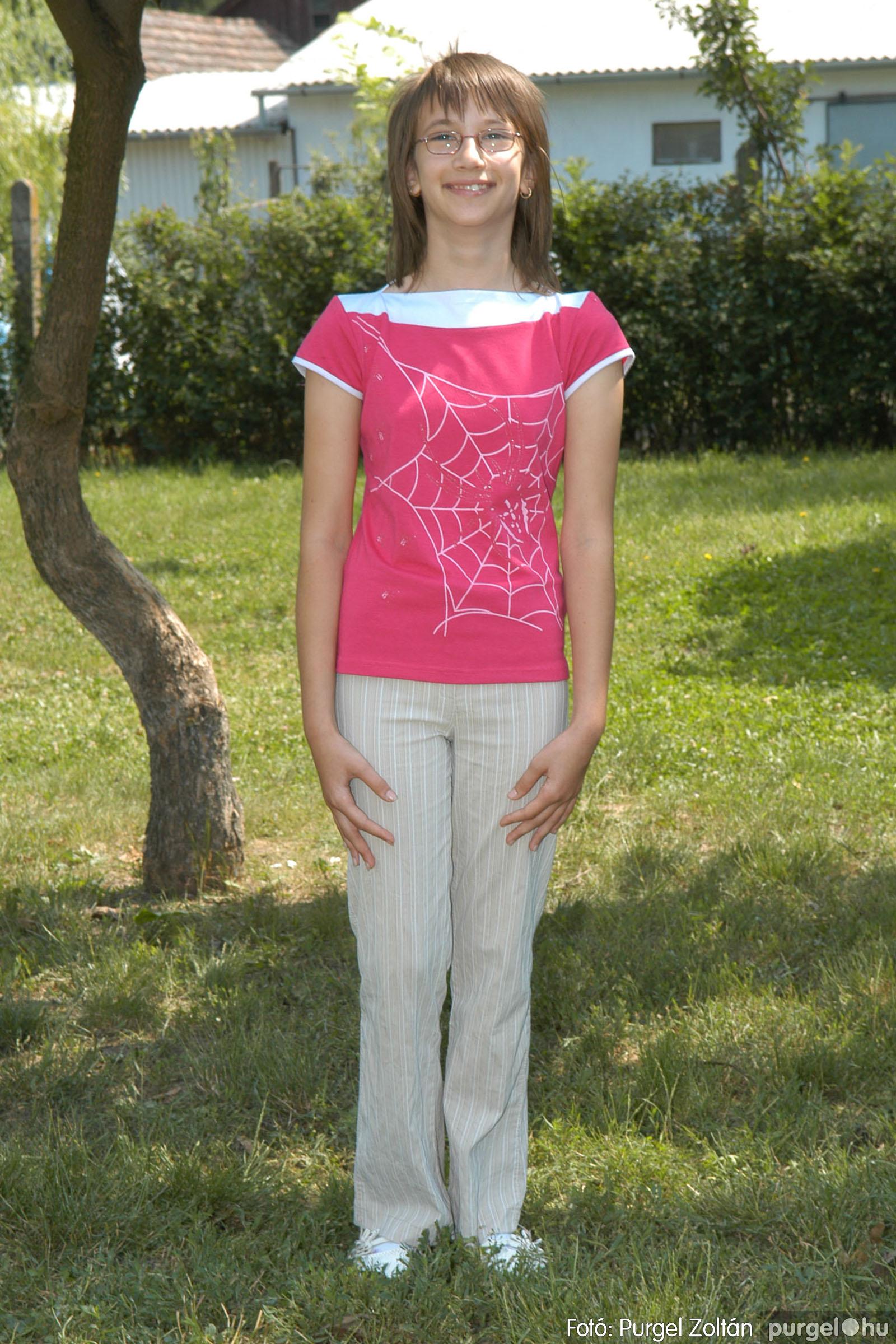 A 2007.06.01. 023 Forray Máté Általános Iskola ballagás 2007. - Ajándék fotók - Fotó:PURGEL ZOLTÁN© 097.jpg