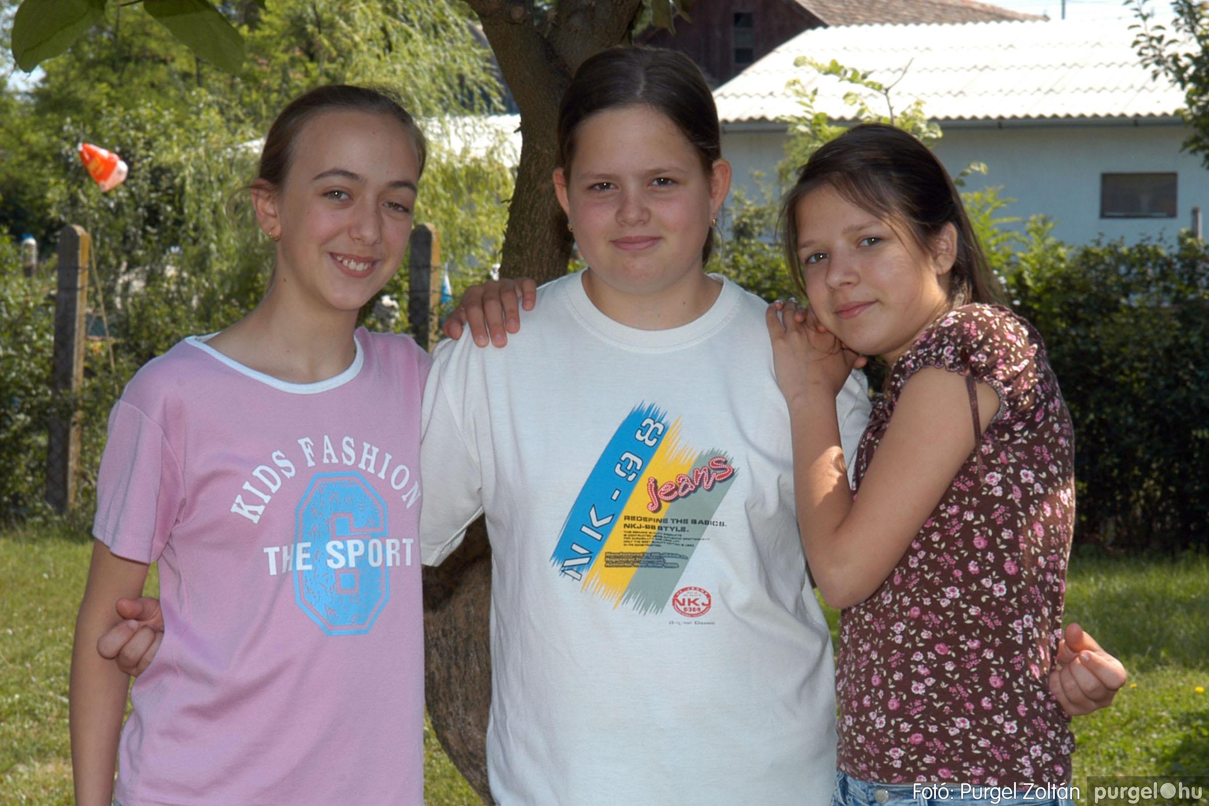 A 2007.06.01. 008 Forray Máté Általános Iskola ballagás 2007. - Ajándék fotók - Fotó:PURGEL ZOLTÁN© 068.jpg