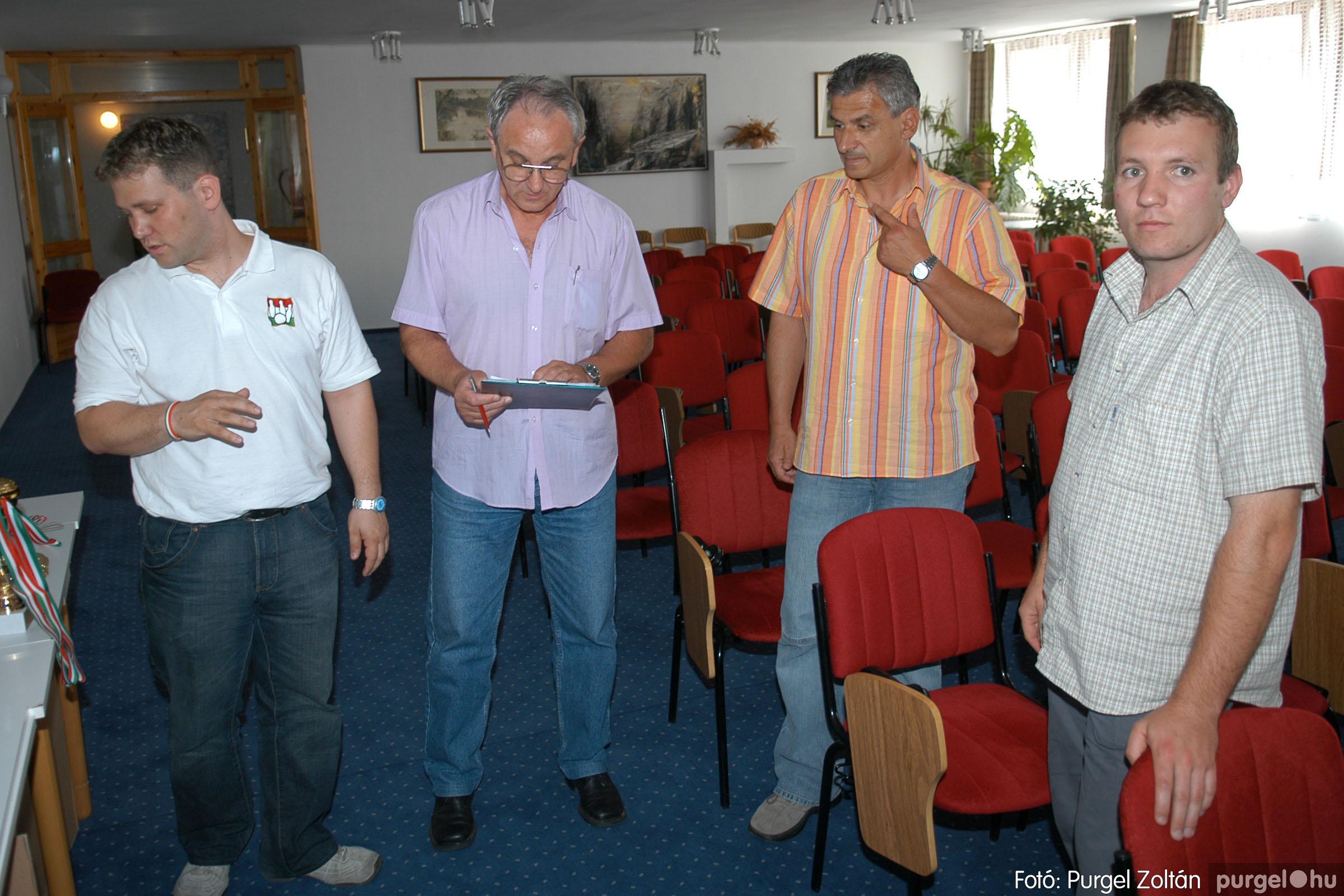 2007.06.02. 013 Éremátadás a Szegvári Teke Sportegyesület tagjainak Balatonszemesen - Fotó:P. Z.©.jpg
