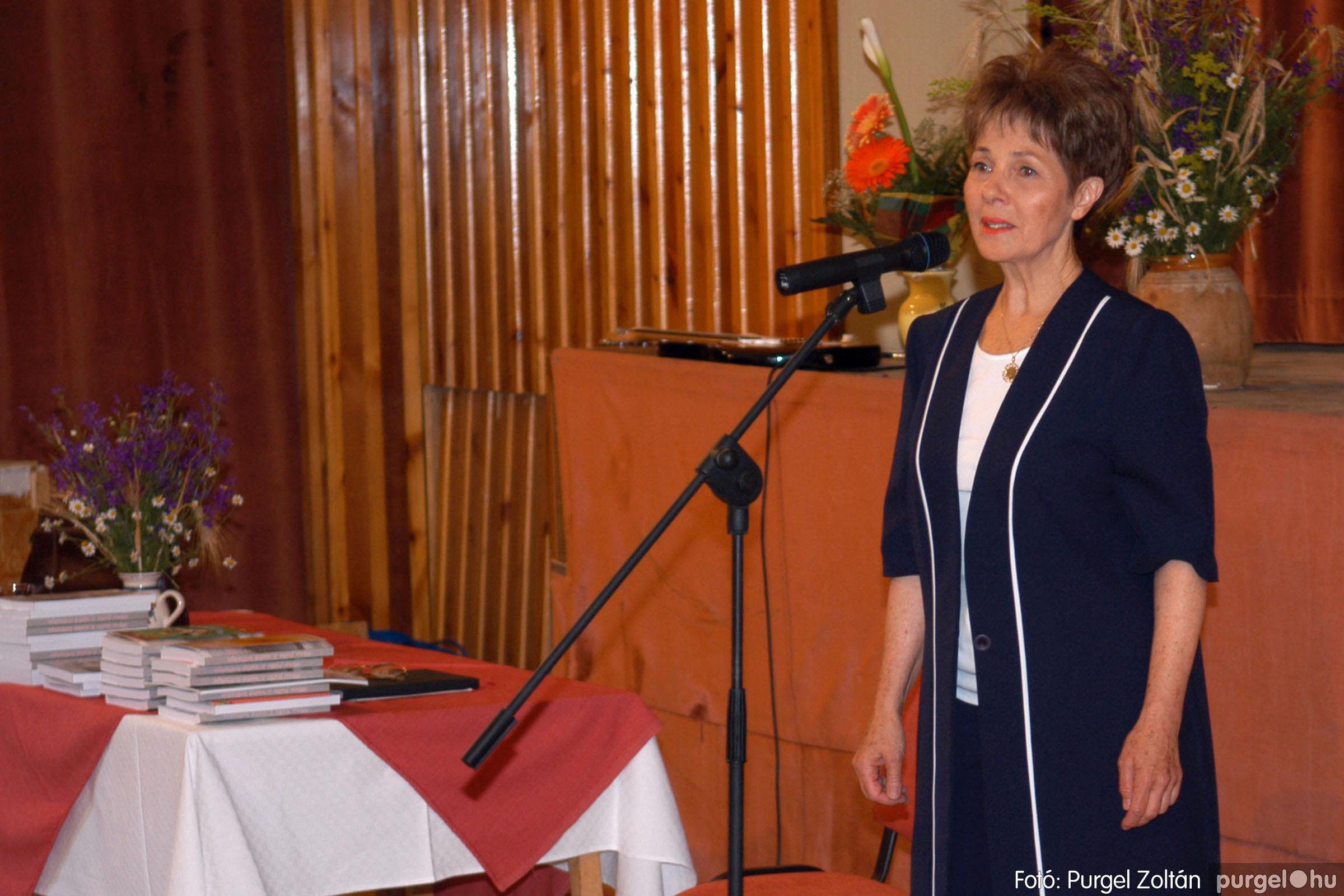2007.06.03. 026 A tanító öröksége című könyv bemutatása Vértes Judittal - Fotó:PURGEL ZOLTÁN© DSC_0493q.jpg