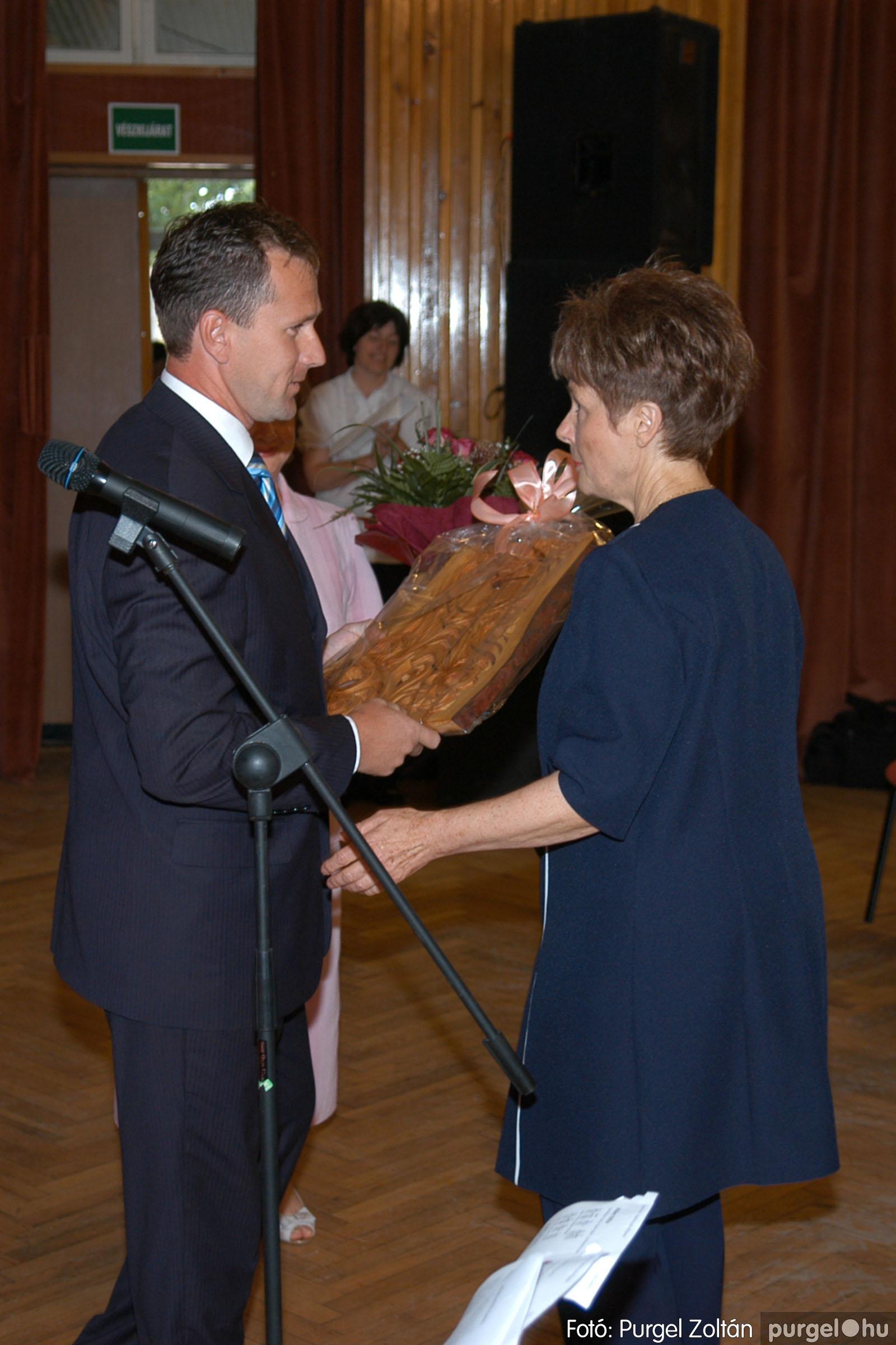 2007.06.03. 006 A tanító öröksége című könyv bemutatása Vértes Judittal - Fotó:PURGEL ZOLTÁN© DSC_0467q.jpg