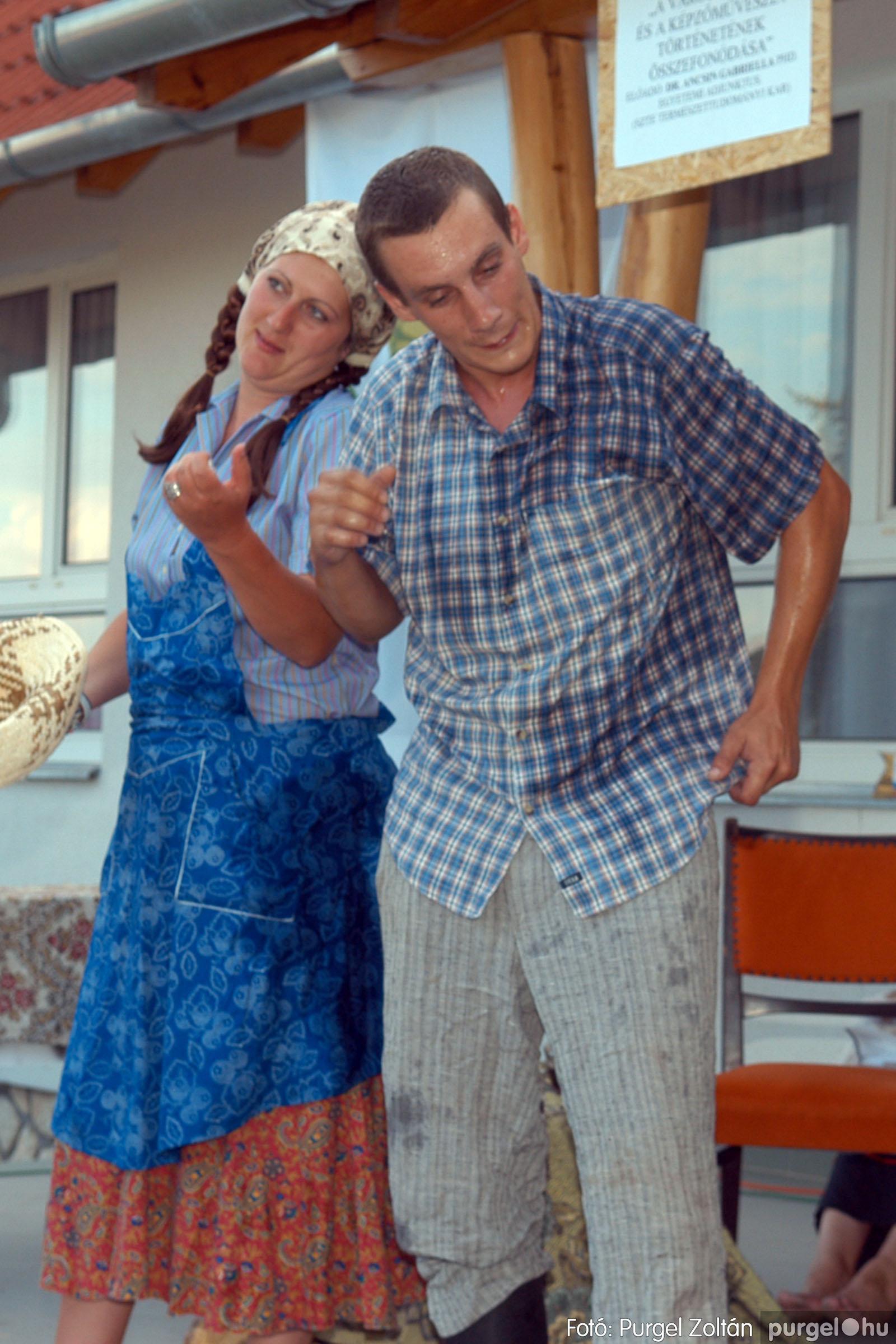 2007.07.28. 092 Szegváriak fellépése a Művészetek völgyében - Fotó:PURGEL ZOLTÁN© DSC_0360q.jpg
